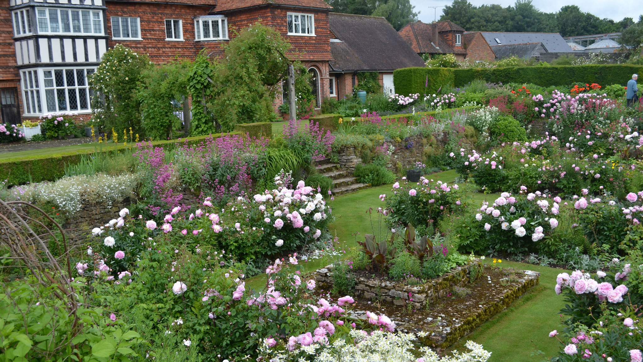 restored garden is tribute to gertrude jekyll – and current owner