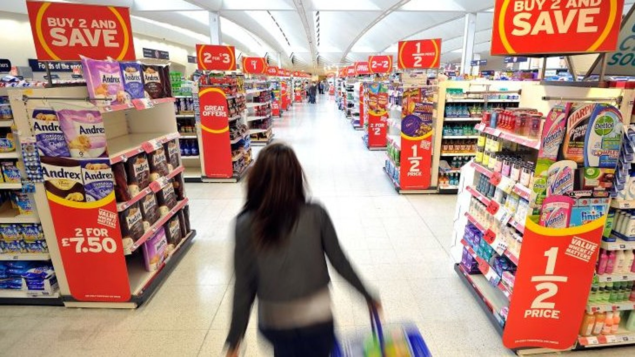 Sainsbury's warns on 'competitive' UK grocery market | Financial Times