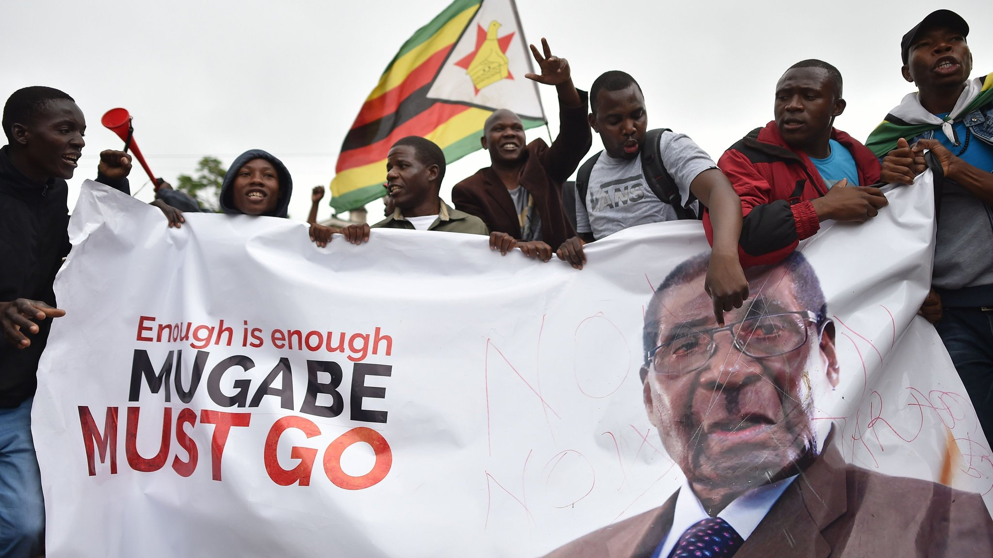 Tens of thousands gather in Harare for anti-Mugabe rally