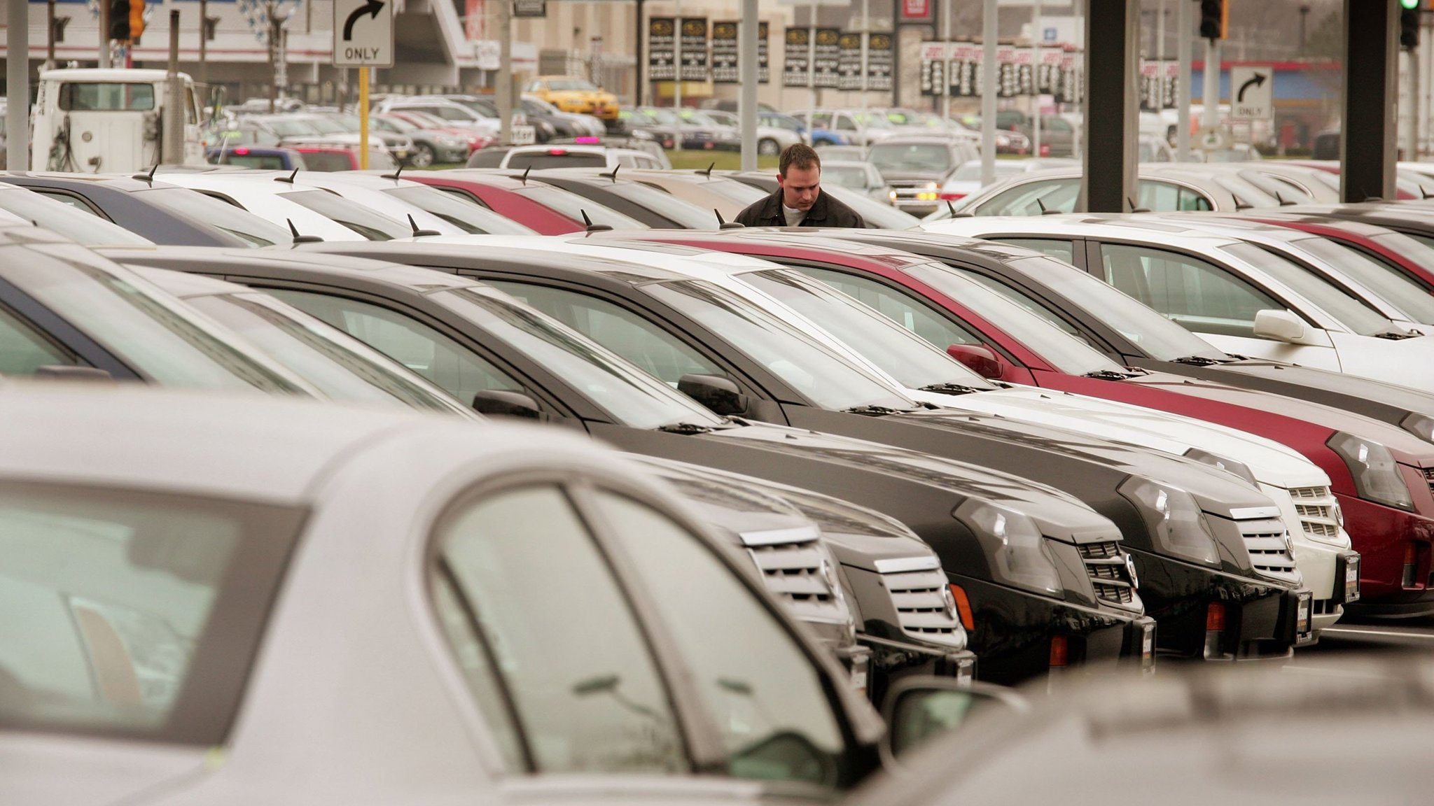 Subprime US car lenders fall on bad debts