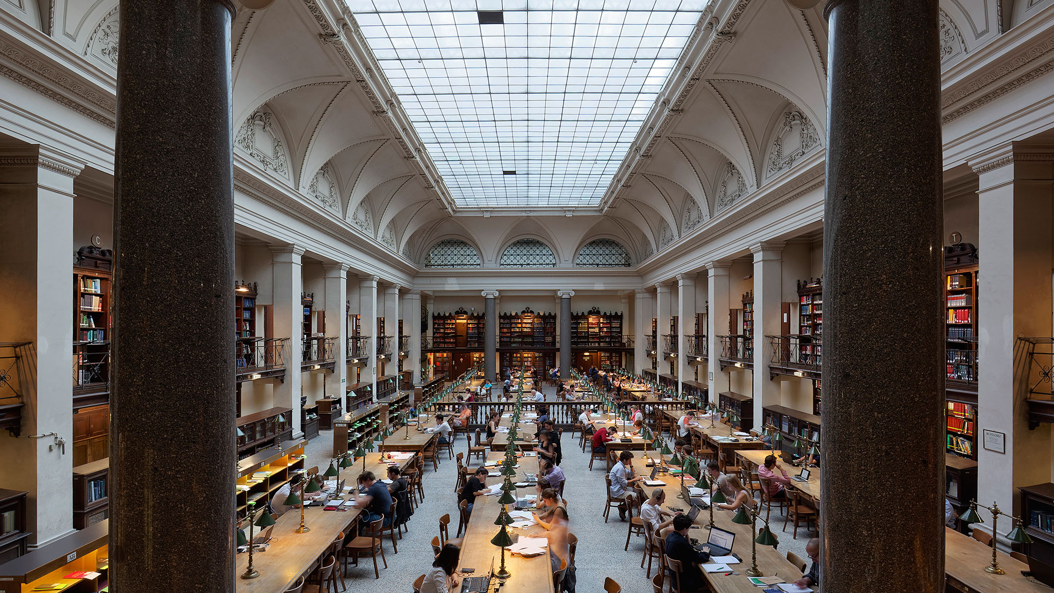 Free And Easy Admissions Leave Vienna S Universities Swamped Financial Times