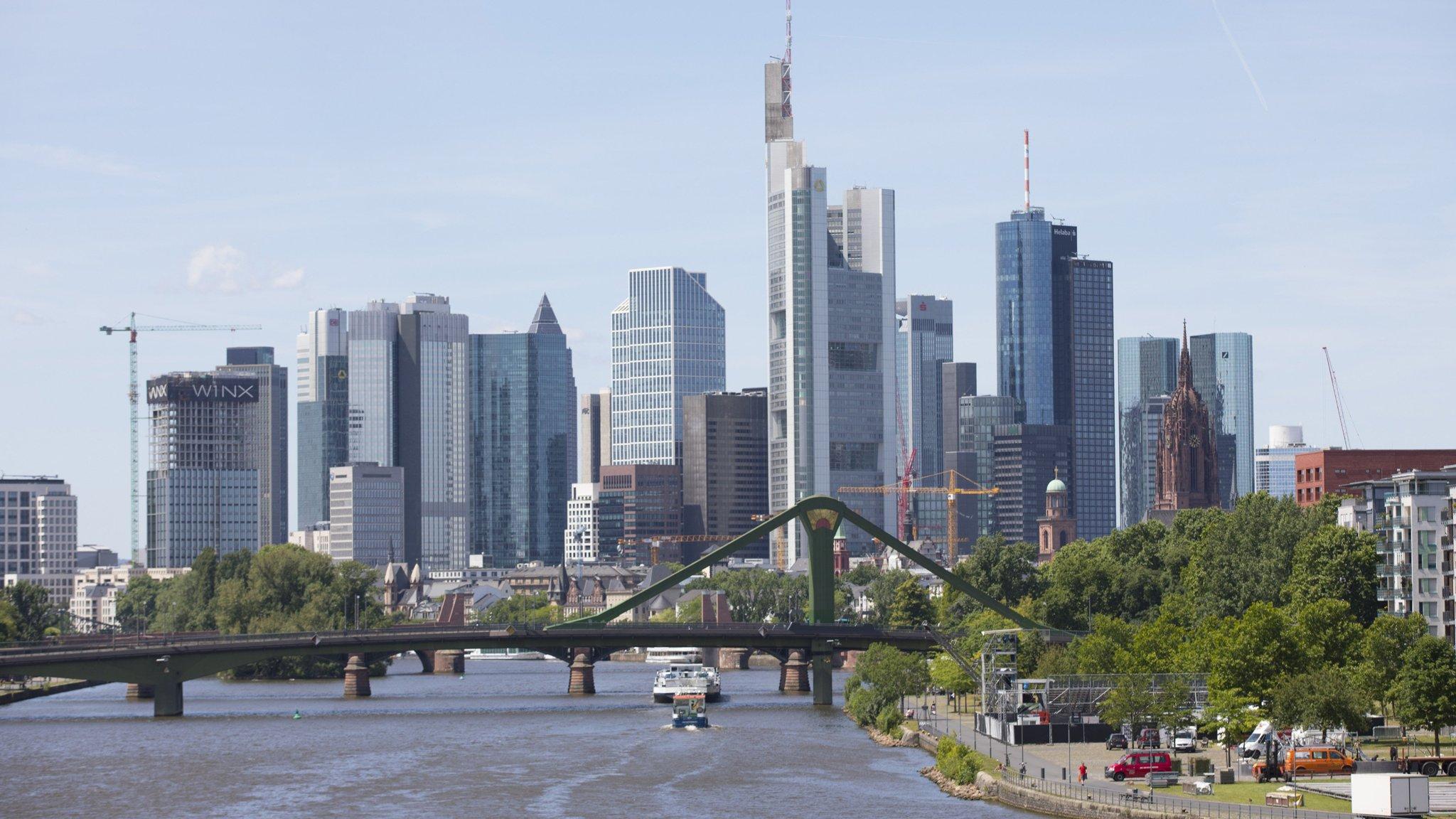 amazon deutschland transport gmbh frankfurt