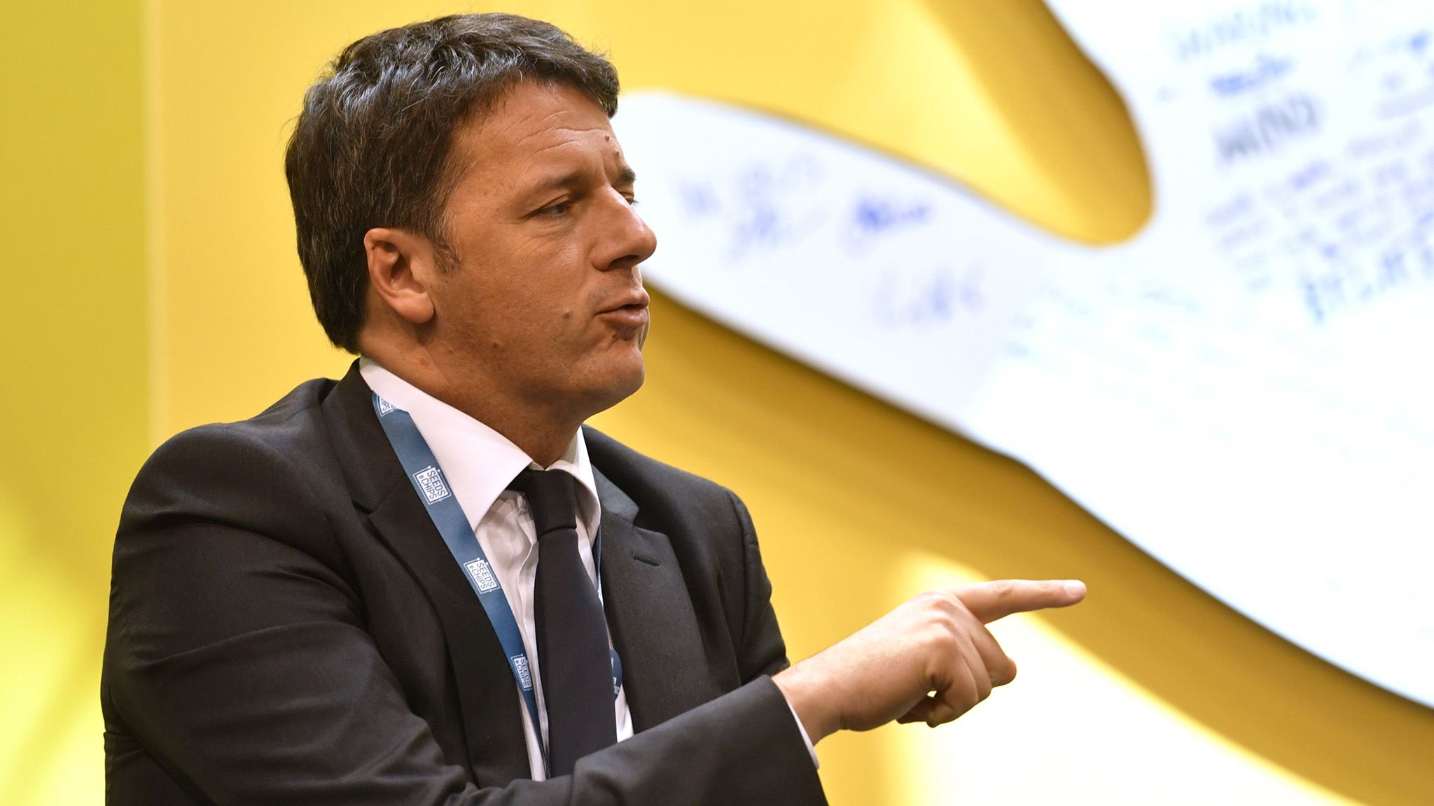 Former Italy PM Renzi Favours Early Election