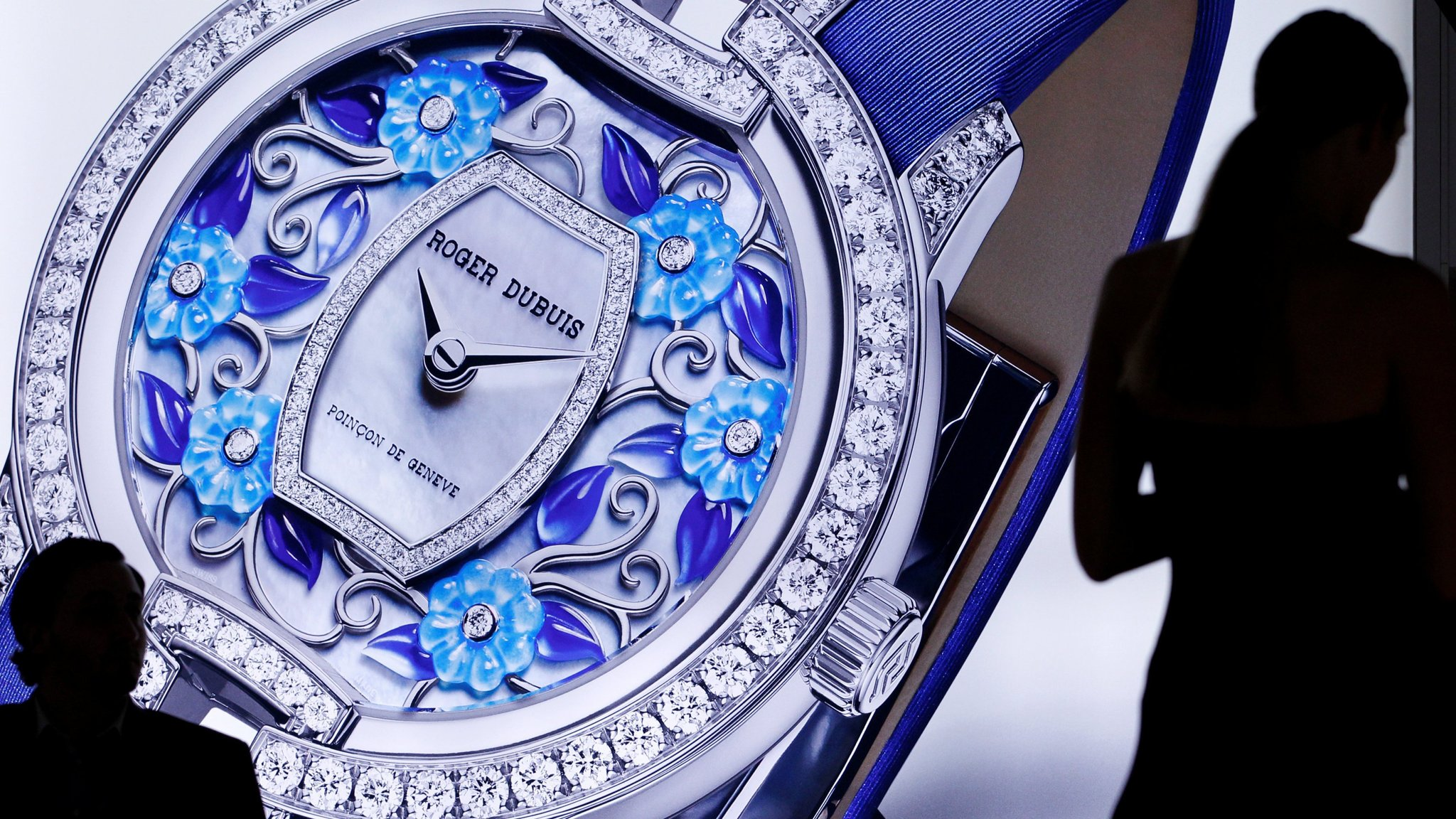 c4f9589bb86 Richemont buys back and destroys stock as sales fall