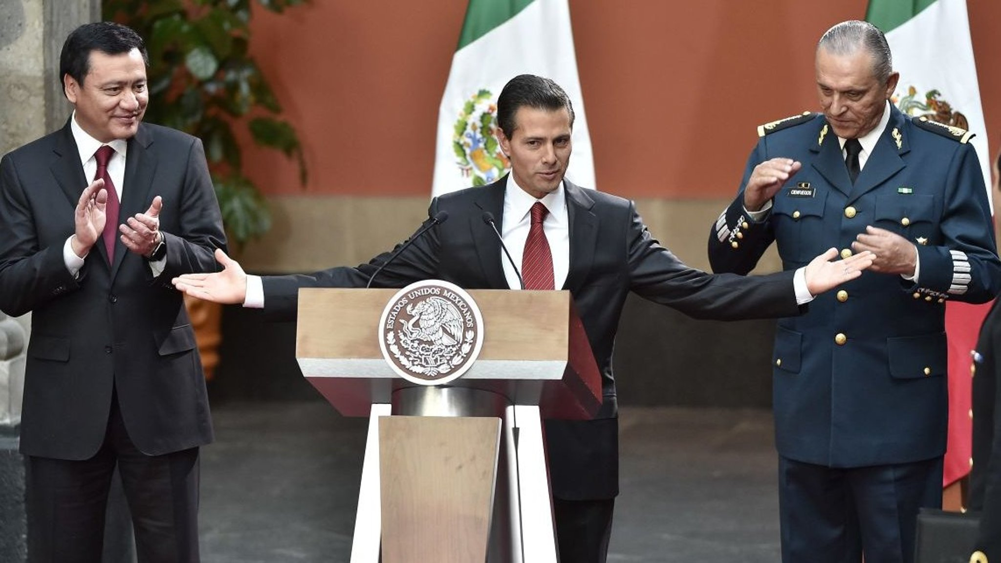 Mexicans Grow Impatient With Pea Nieto As Violence Flares