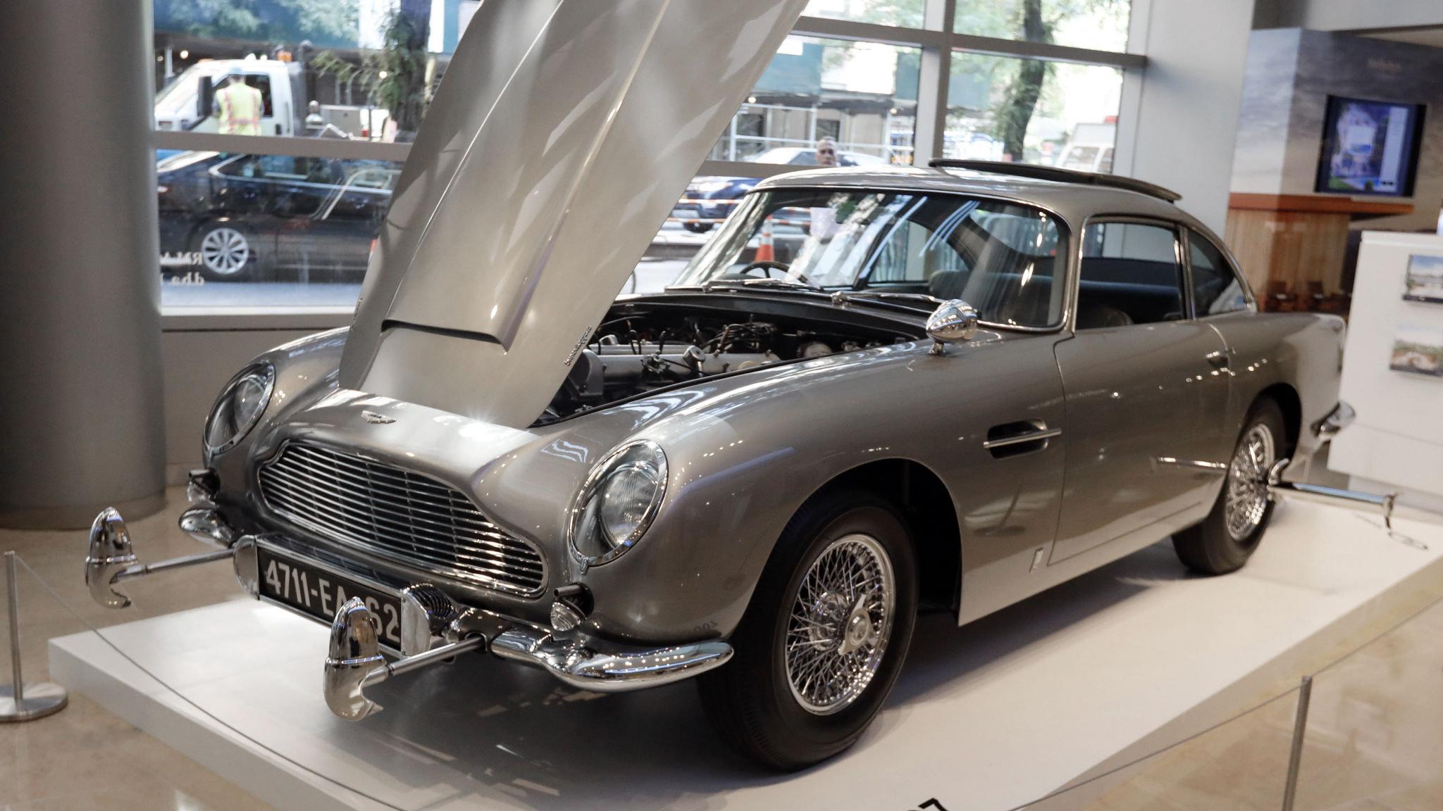The Name S Bond Perilously Expensive Aston Martin Bond Financial Times