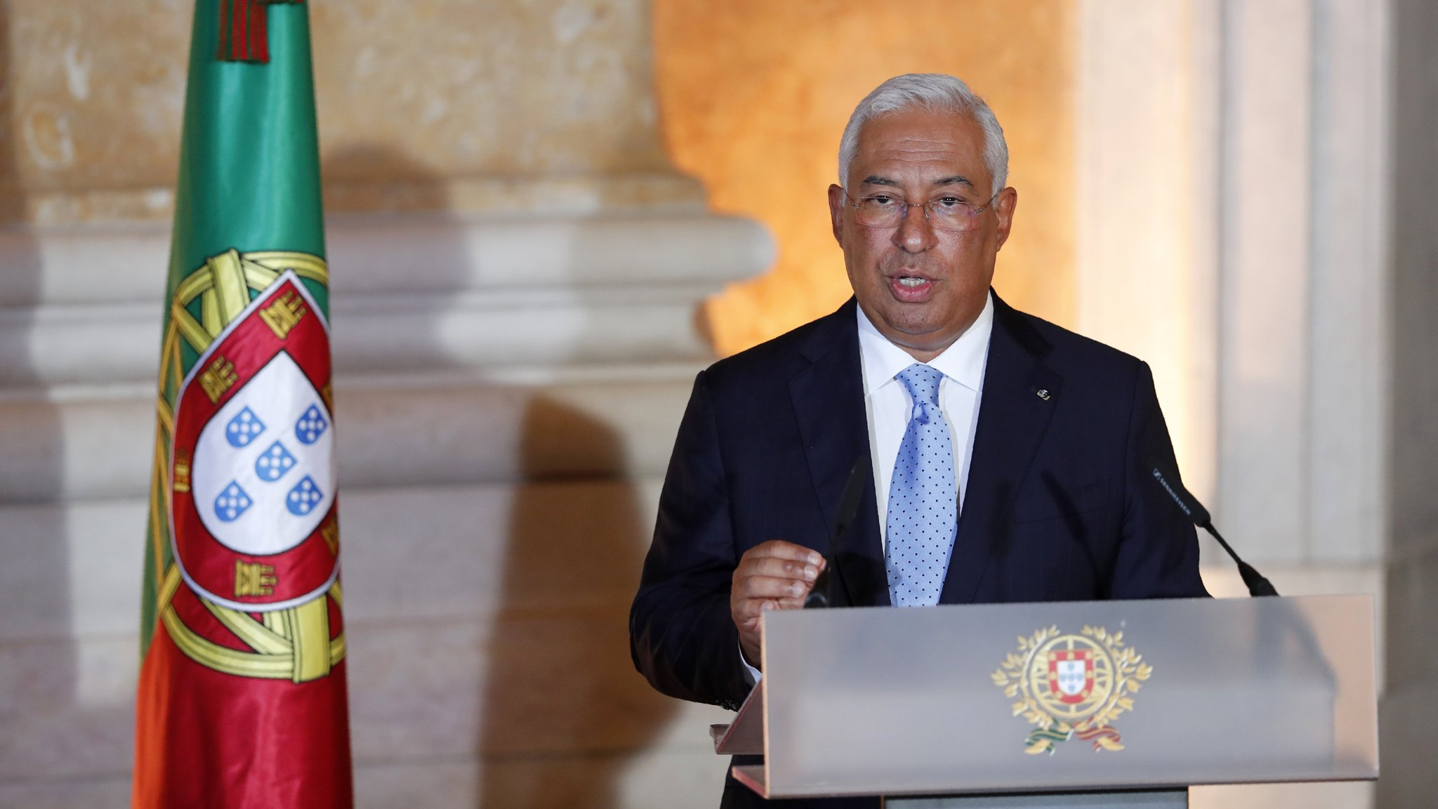 Portugal Backs Re Elected Pm S New Programme Financial Times