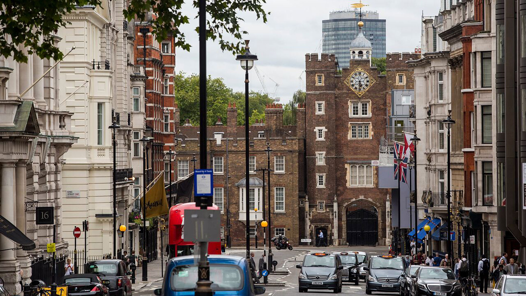 Homes back in fashion in London's dandy district, St James's