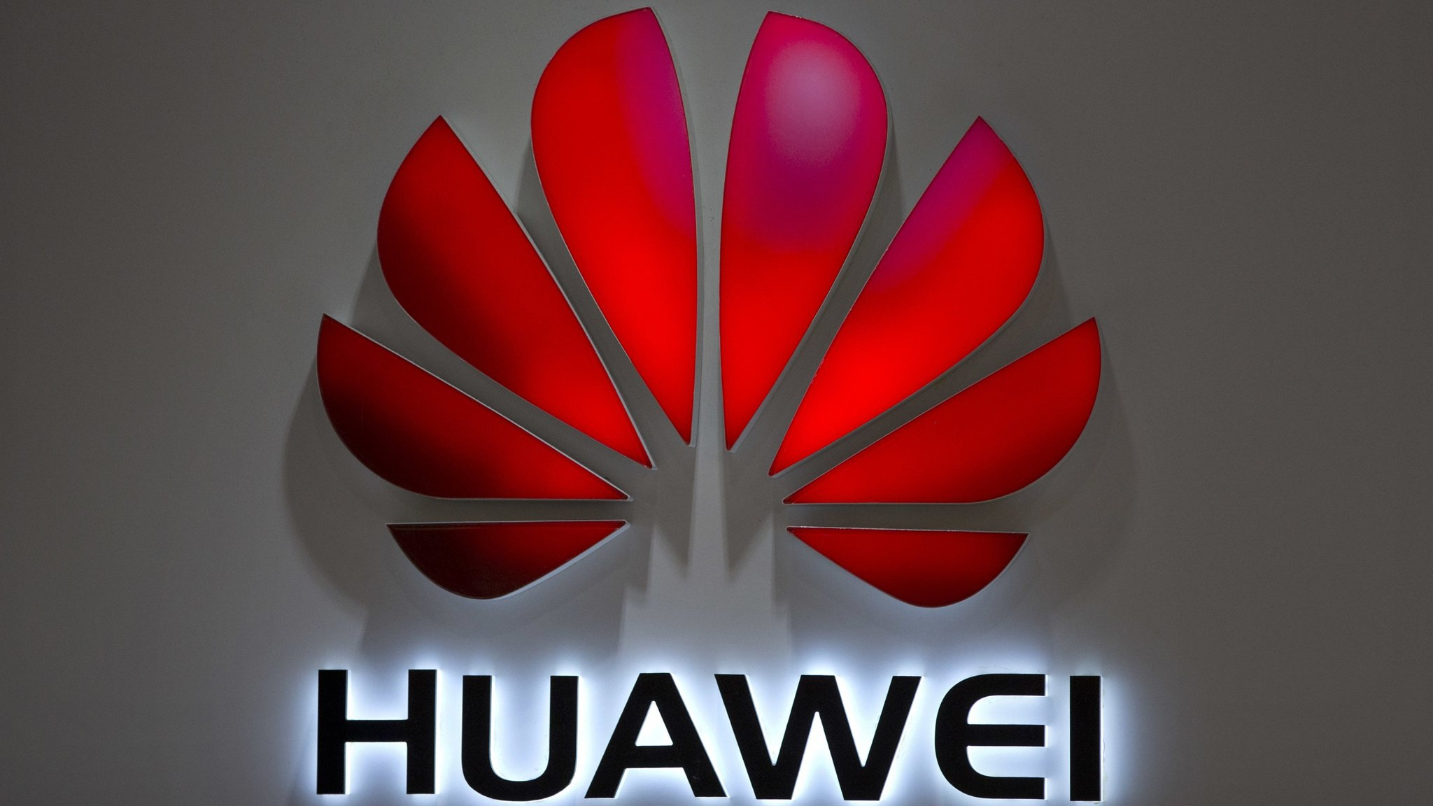 Google warns of US national security risks from Huawei ban