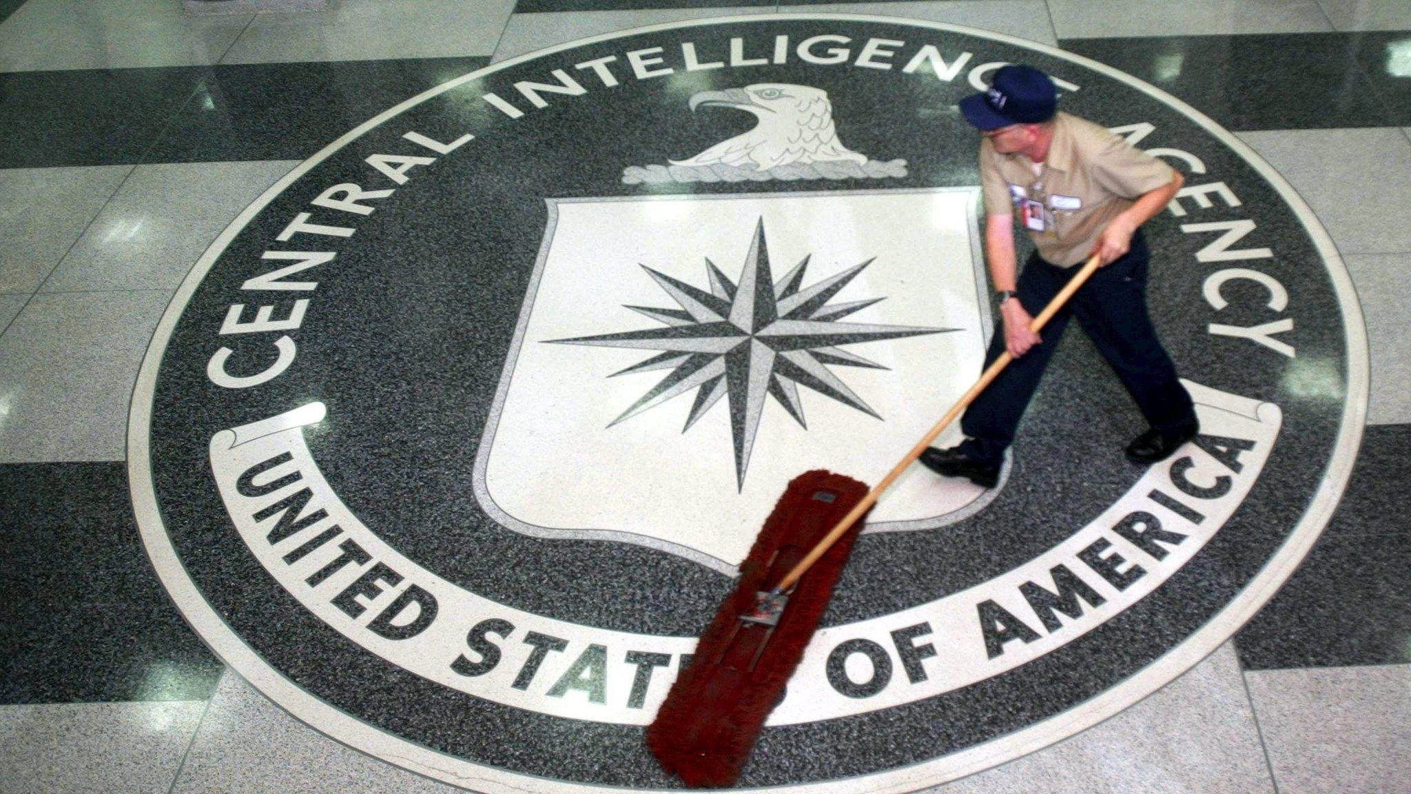 US arrests Hong Kong-based former spy for CIA