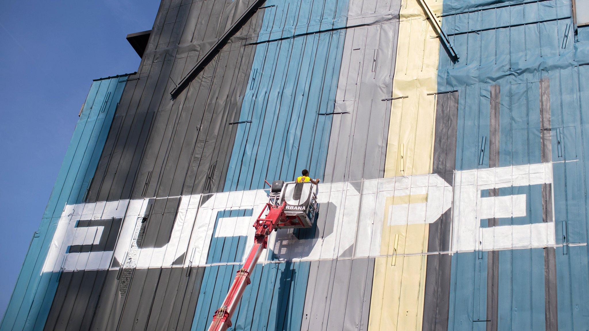 Eurozone members split over Brussels' reform plan