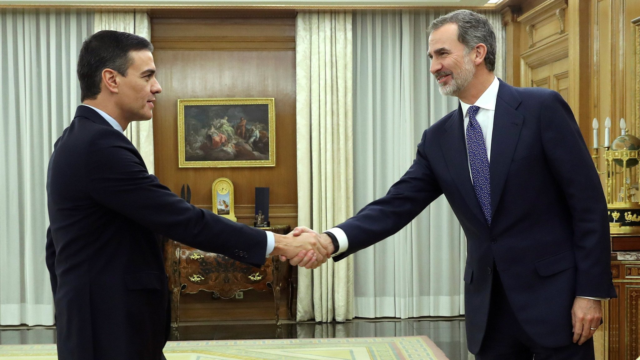 Pedro Sánchez receives royal approval to lead Spanish government