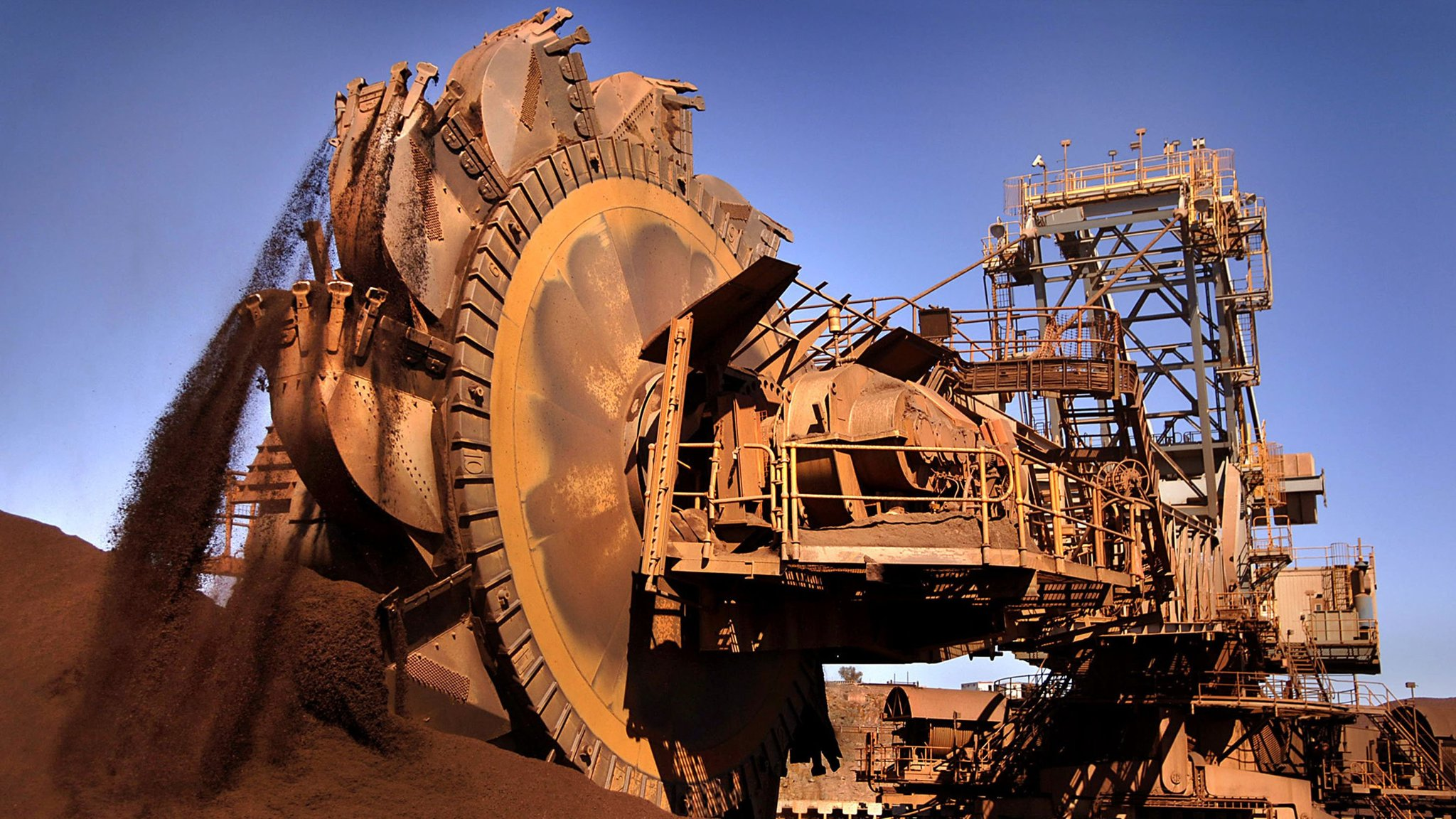 BHP announces best half year profits since 2014, declares bumper