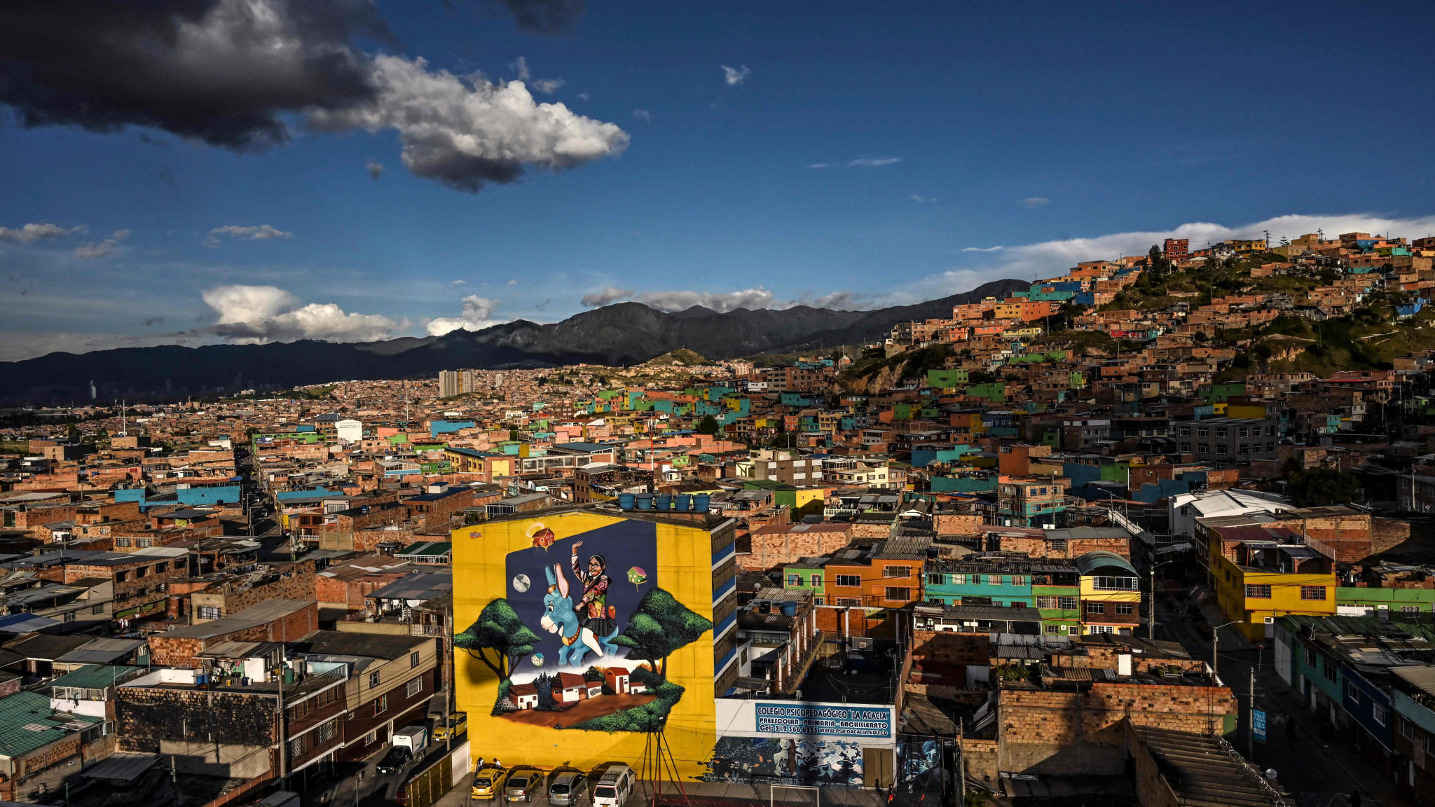 Colombia Bucks Dismal Trend For Latin American Economies Financial Times