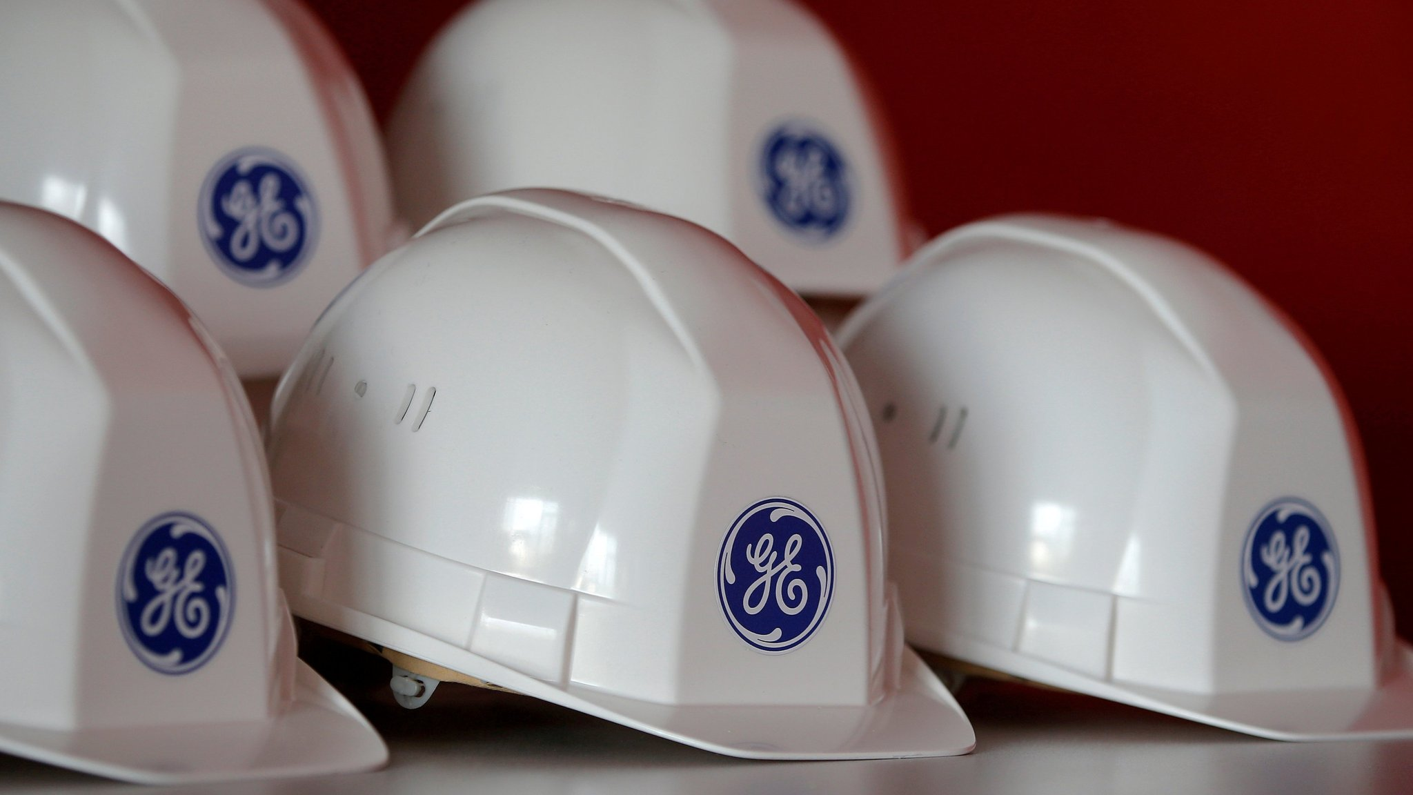 GE cuts 12,000 jobs in power equipment division