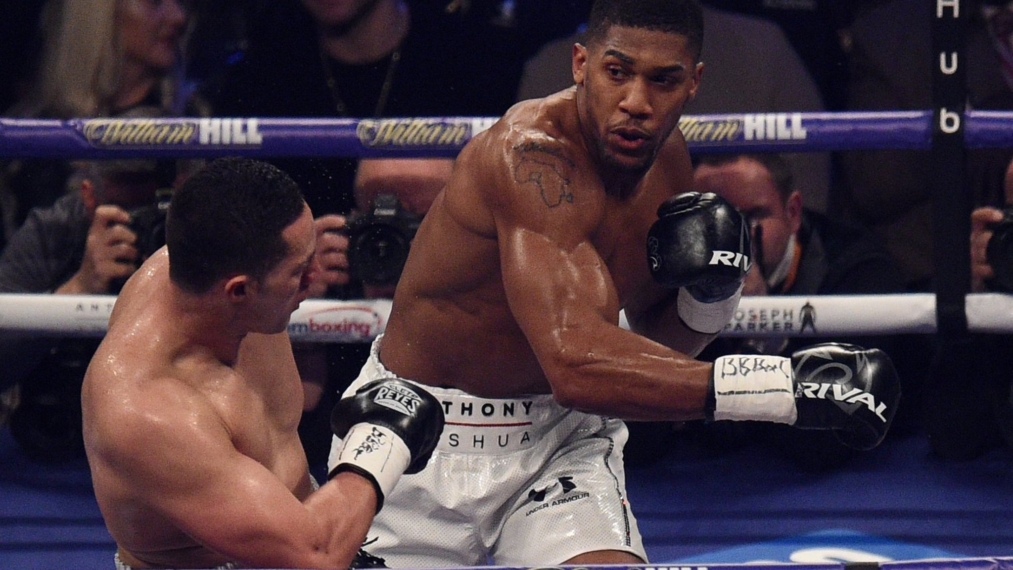 Sports Media Group Perform Seals 1bn Boxing Deal Financial Times