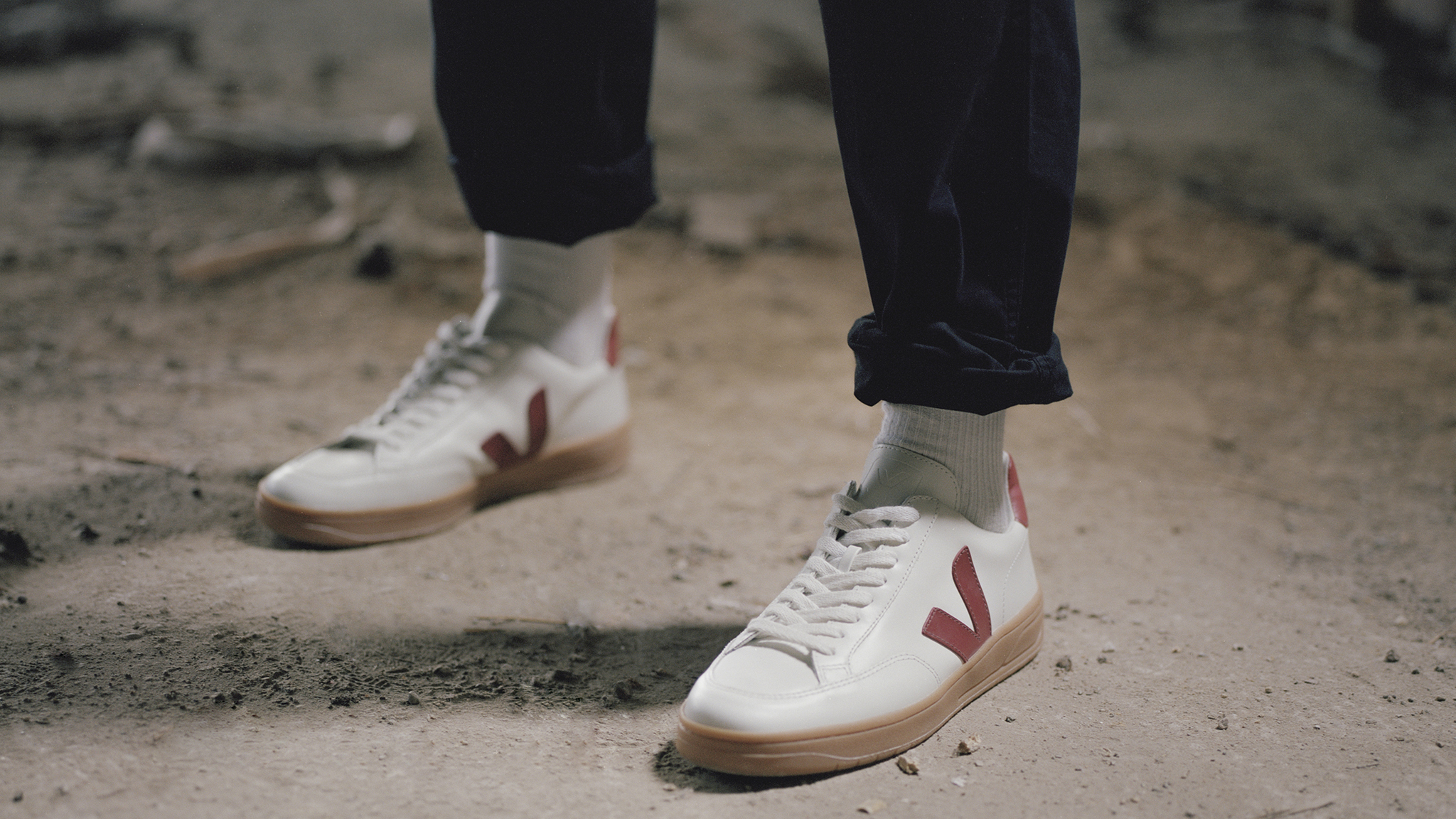 Sandalias crisantemo Frente a ti  How sustainable sneaker brand Veja went viral | Financial Times