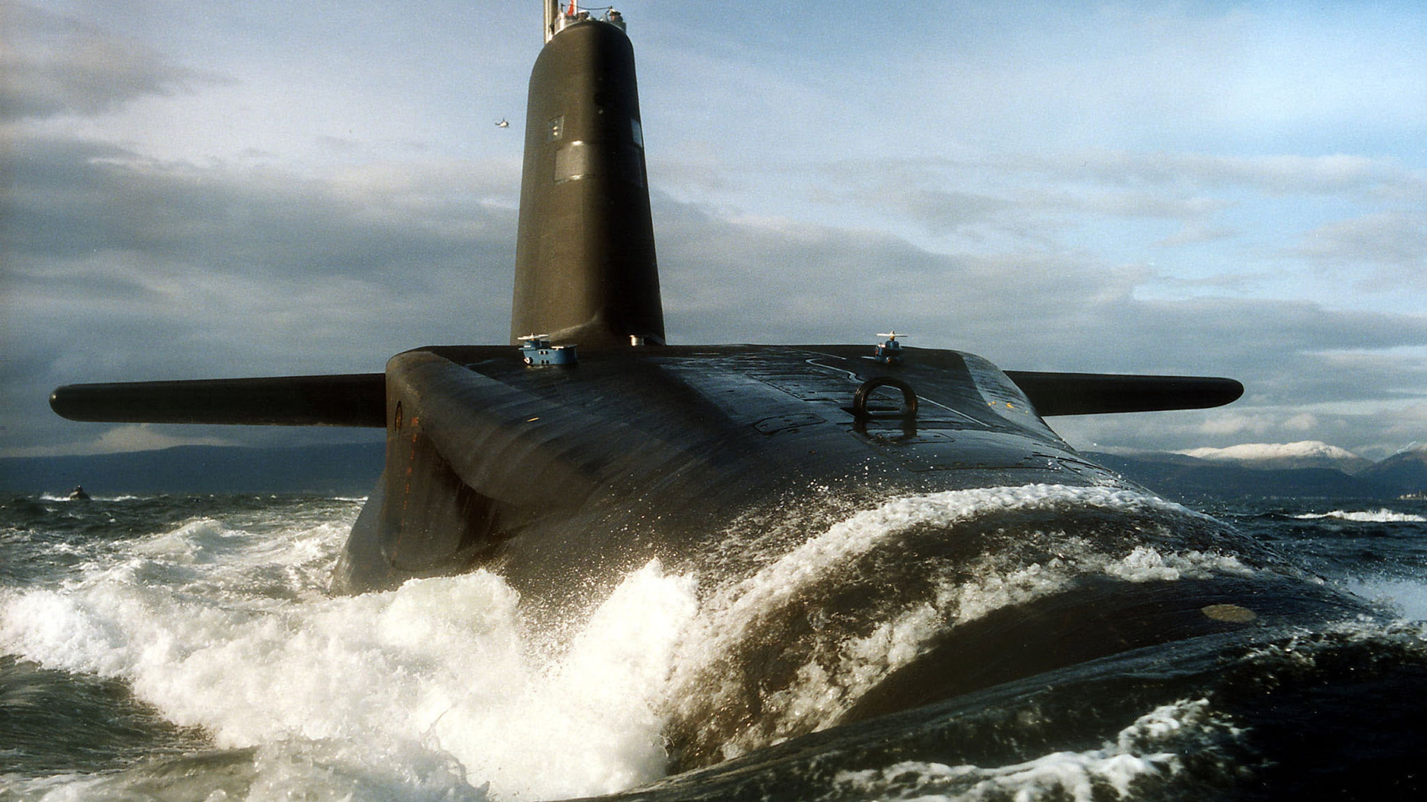 Nuclear submarine costs threaten to swamp MoD | Financial Times