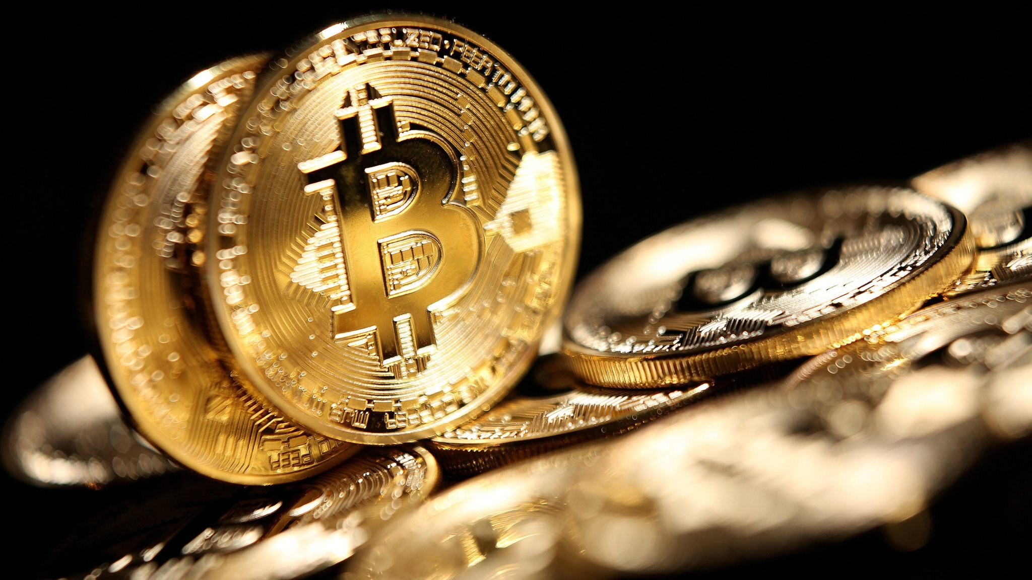 Bitcoin plunges below $10,000 in worst 2-day rout in 3 years