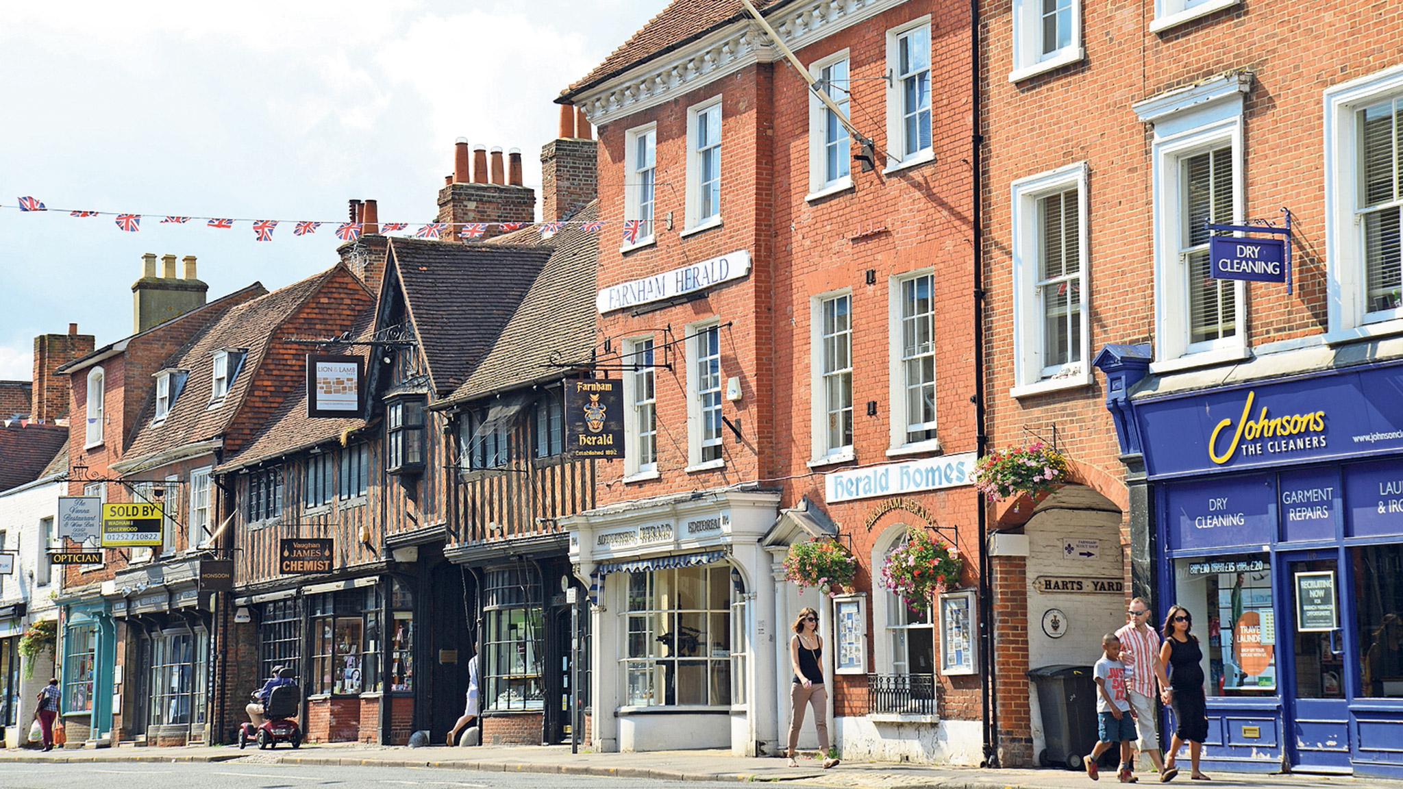 Farnham In Surrey Market Towns Appeal For High End Buyers Cost Of Rewiring A 3 Bed House Uk Financial Times