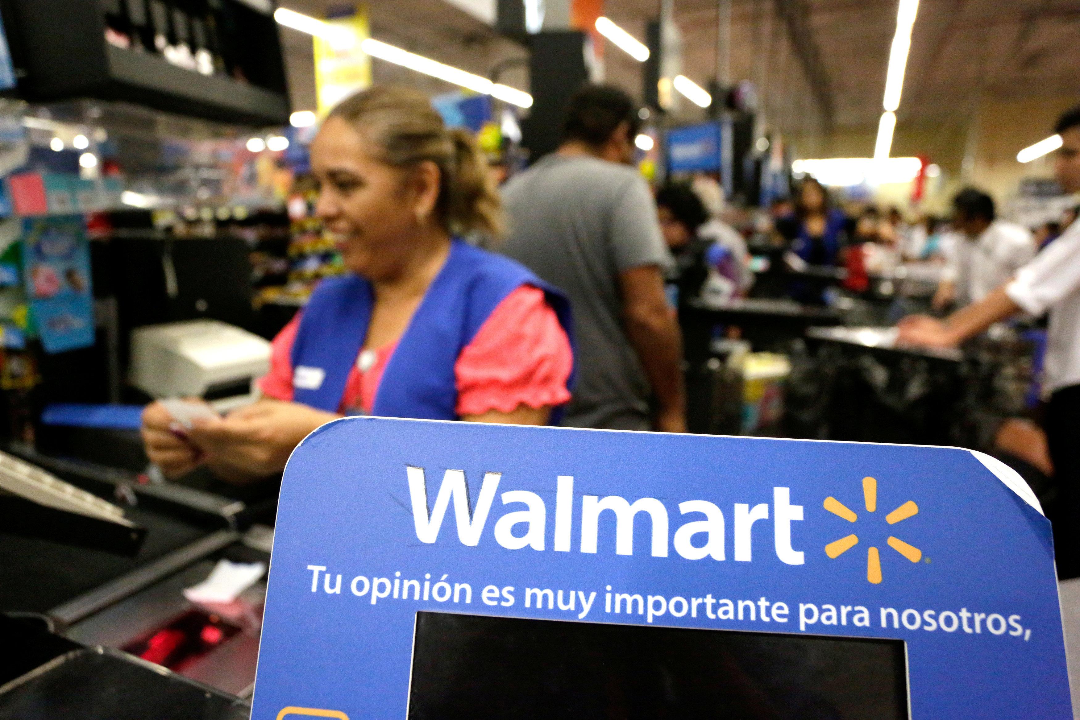 Walmart raises basic hourly wage to $11 on tax cuts