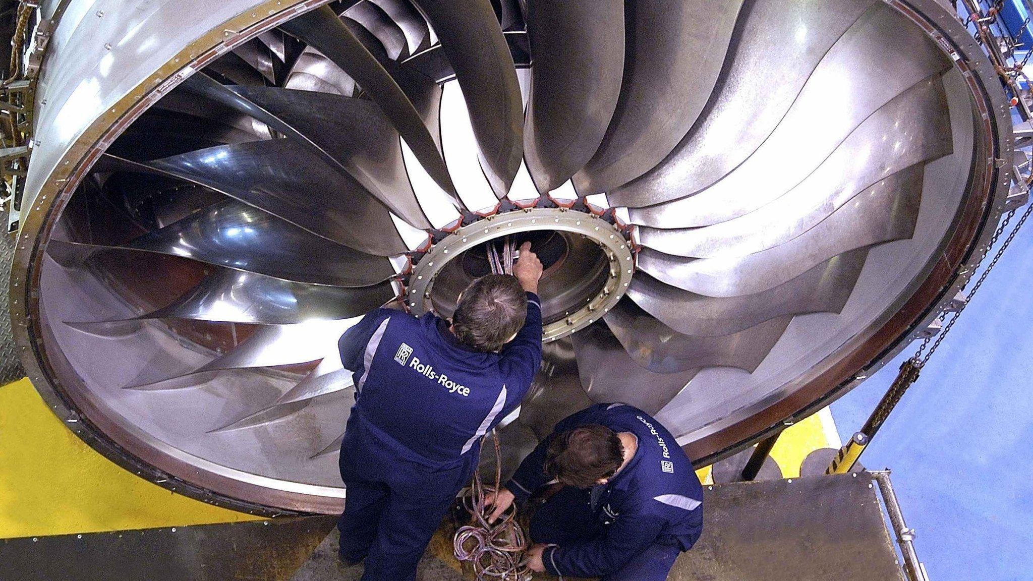 Rolls Royce cautions investors on cash flow tar