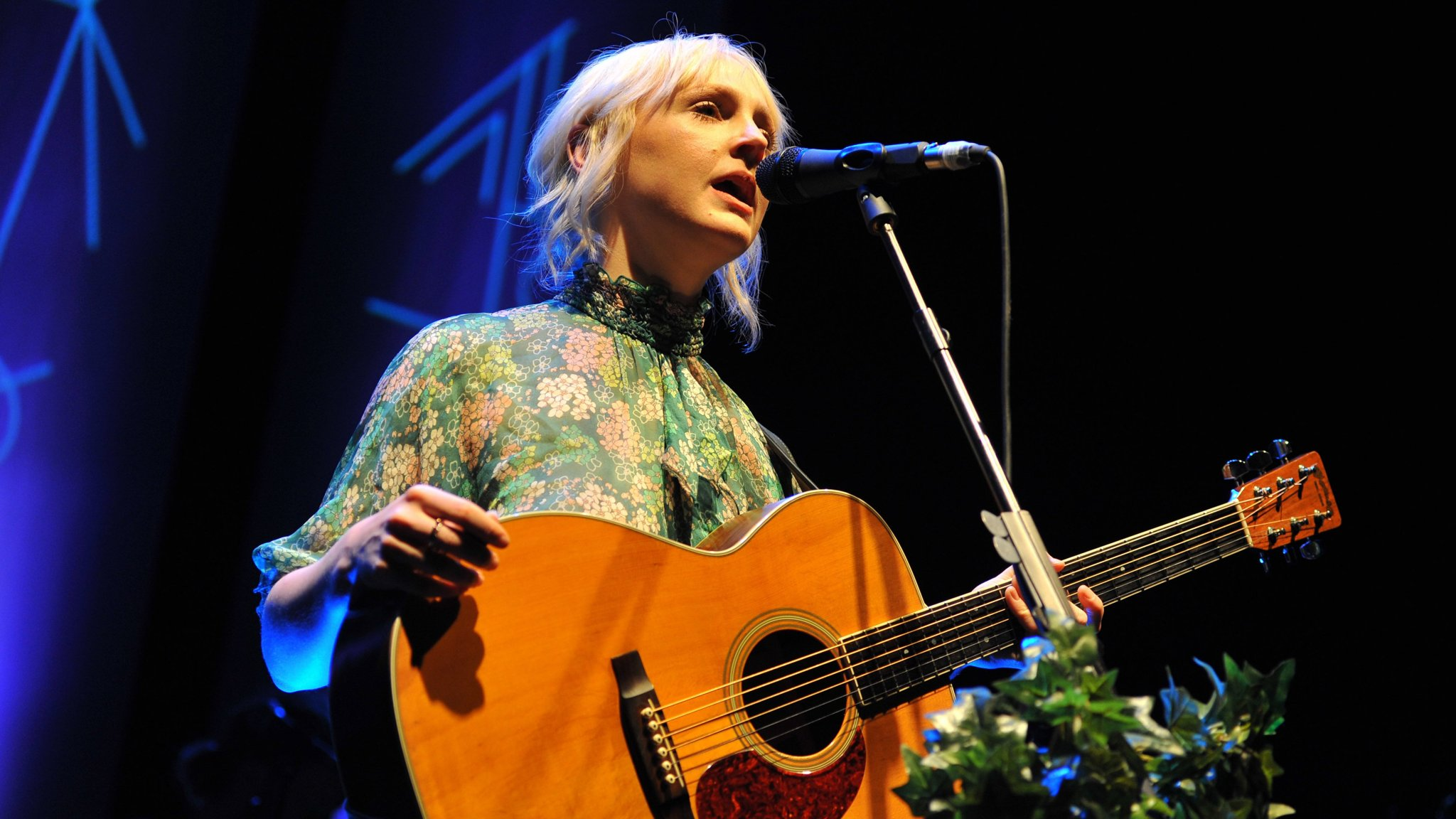 The Mesmerising Voice Of Laura Marling At The Roundhouse