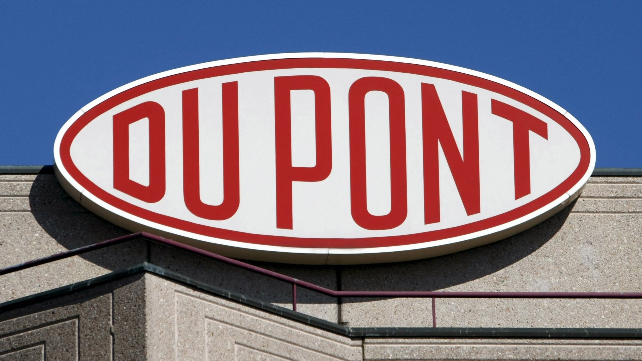 a company overview of dupont corporation