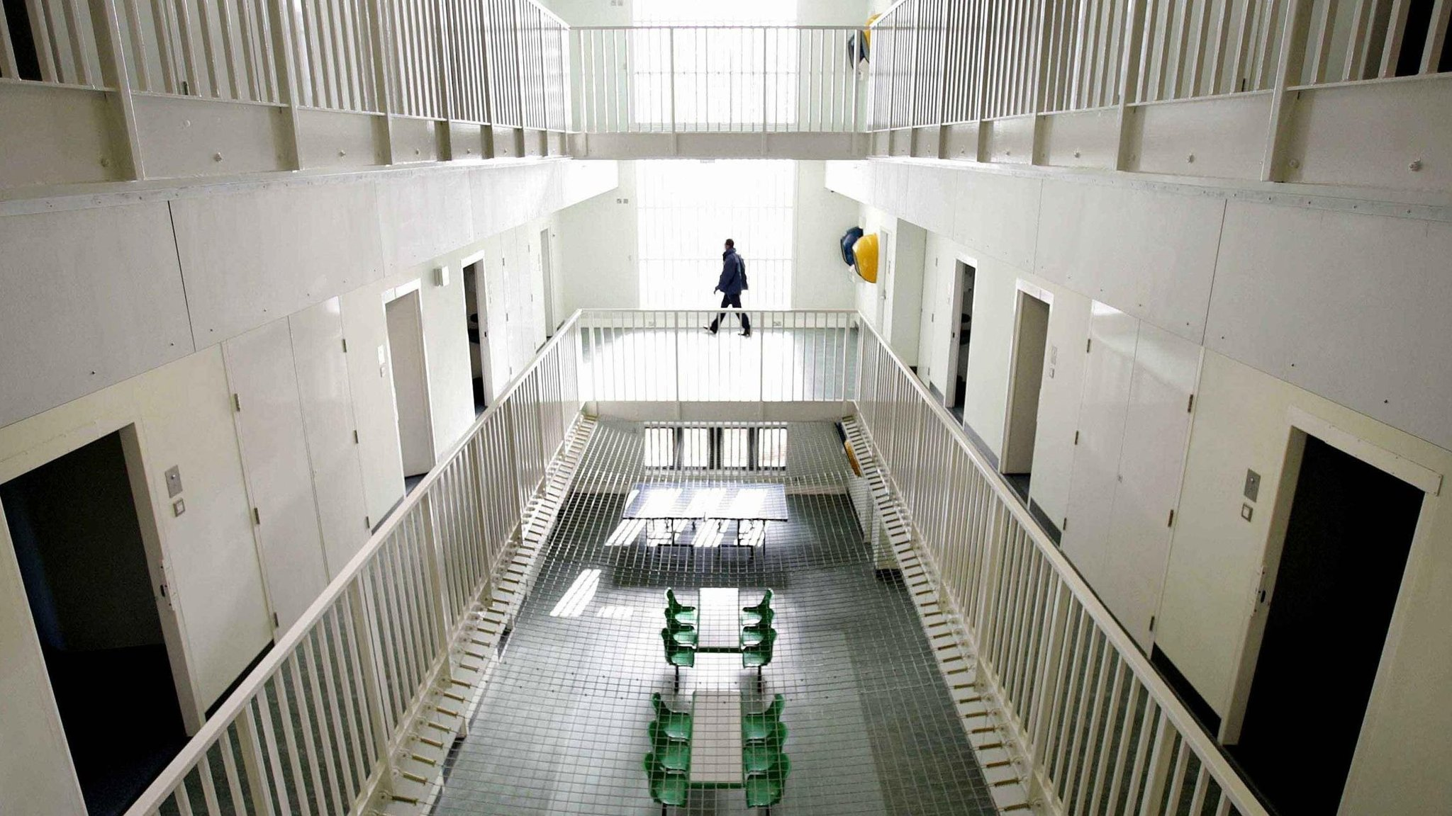 Exelent Home Office Detention Centre Model - Home Decorating ...