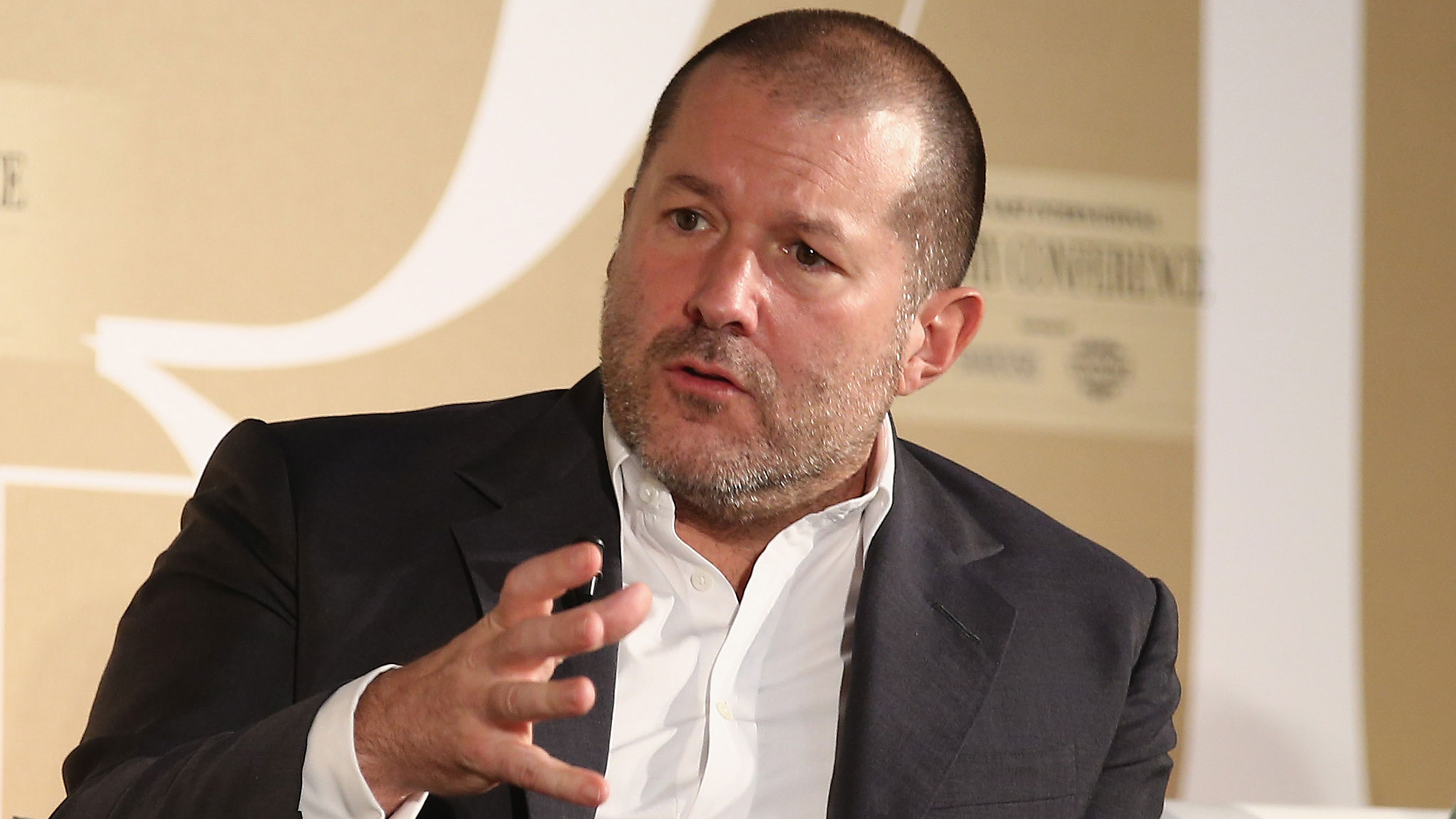 Apple Appoints Jonathan Ive As Design Chief Financial Times