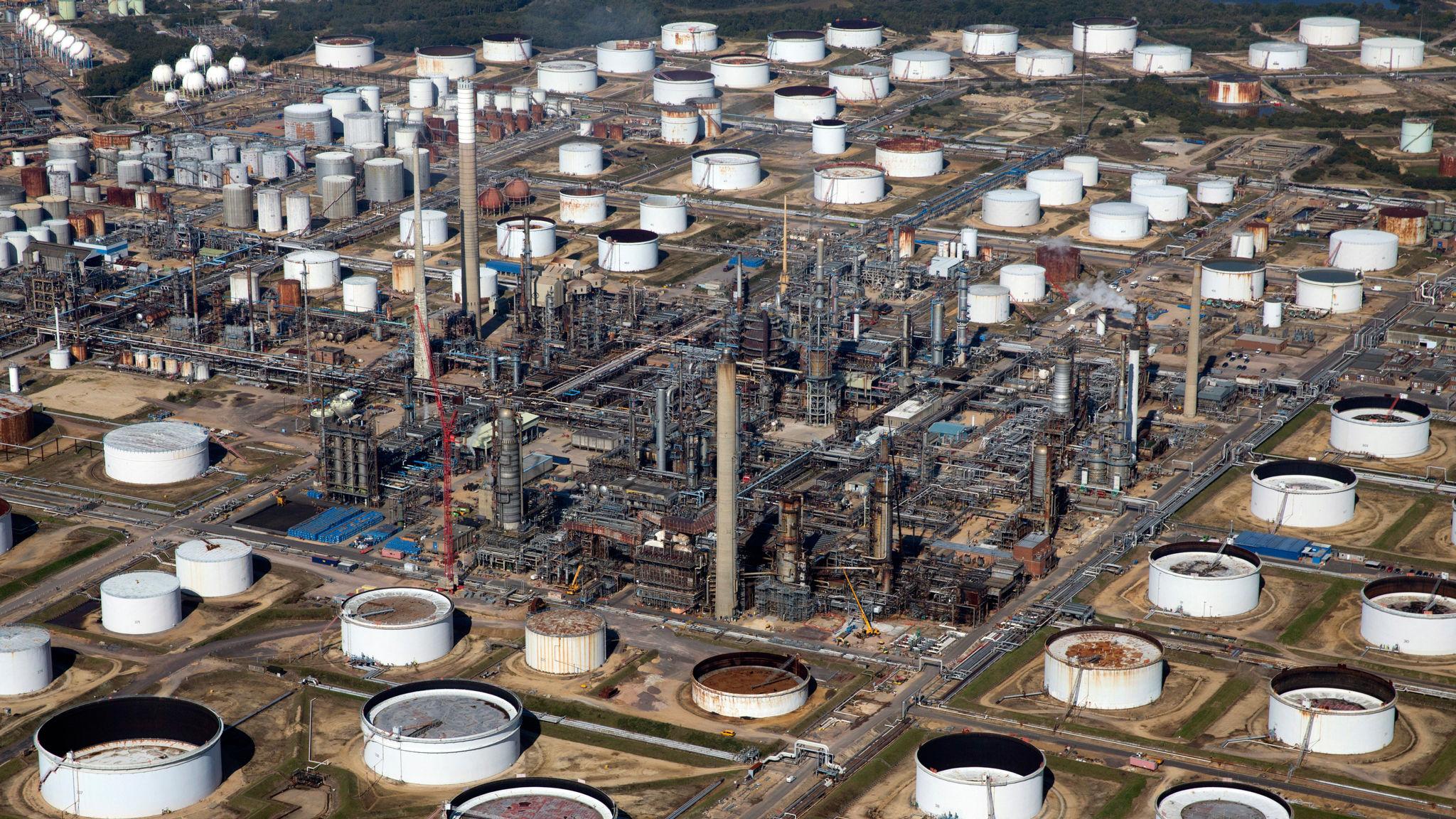 ExxonMobil preparing £500m upgrade to UK's largest oil refinery