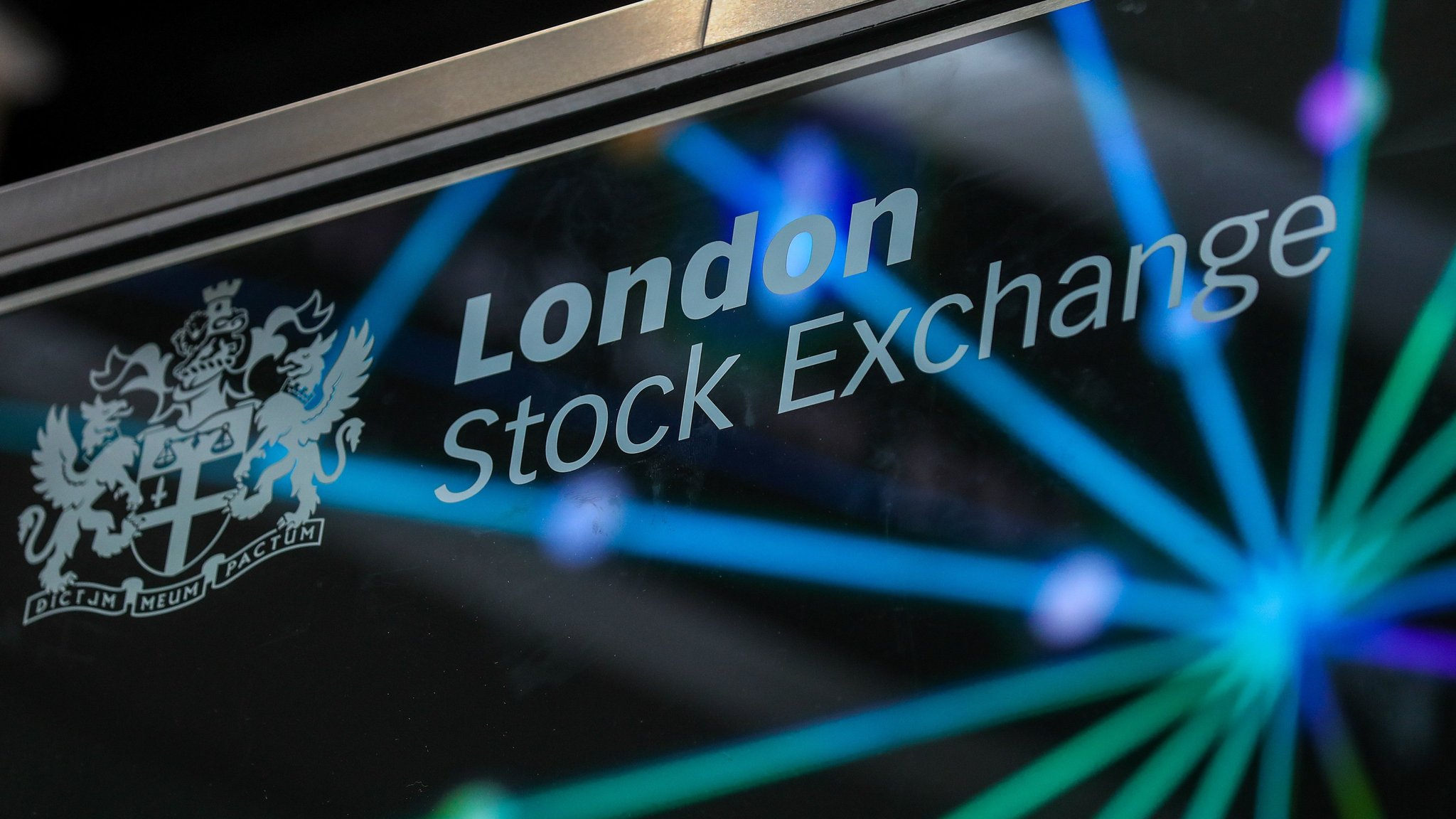London-Shanghai stock link hailed as 'groundbreaking