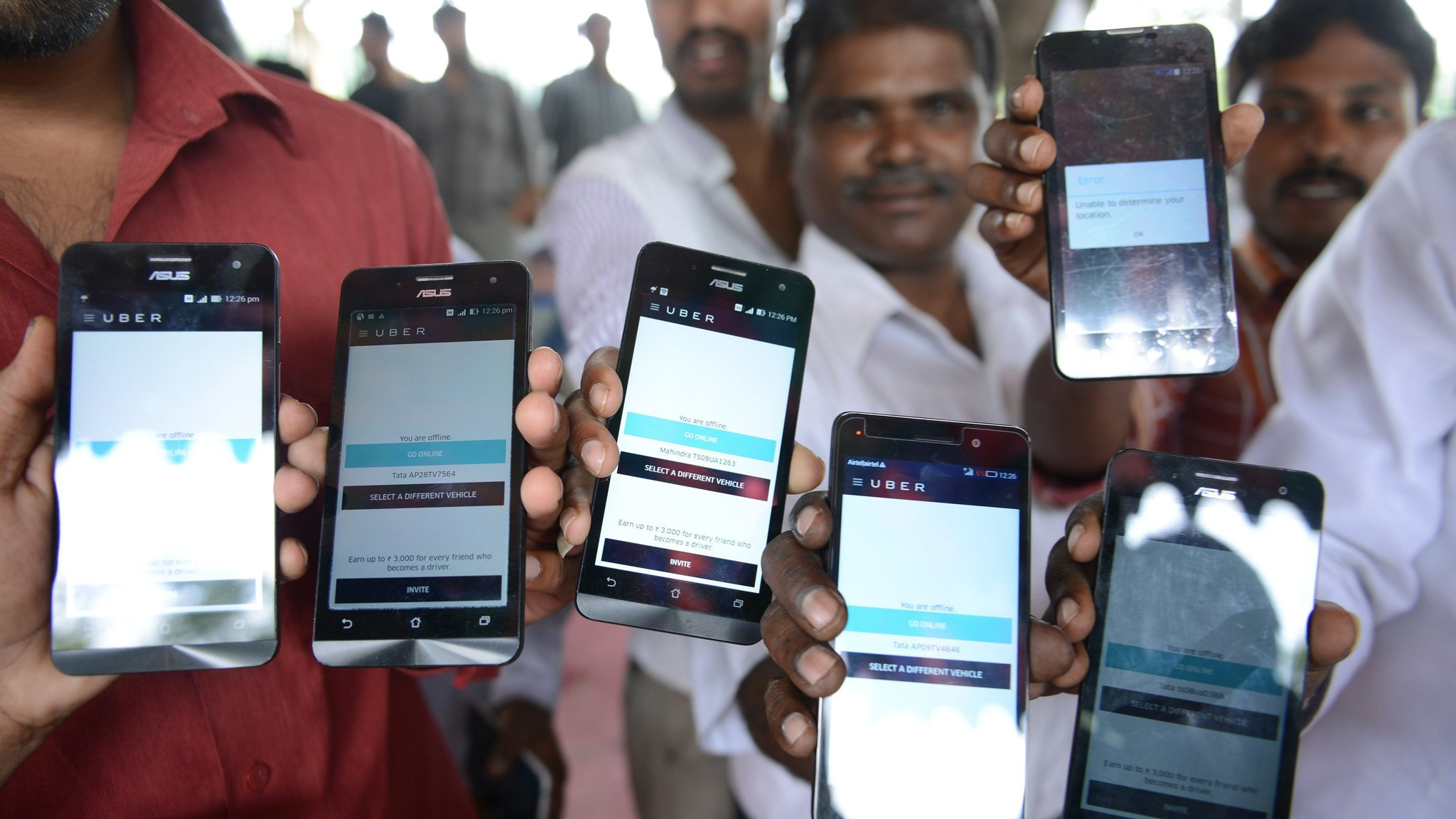 Uber and Ola hit by new taxi app regulations in India | Financial Times