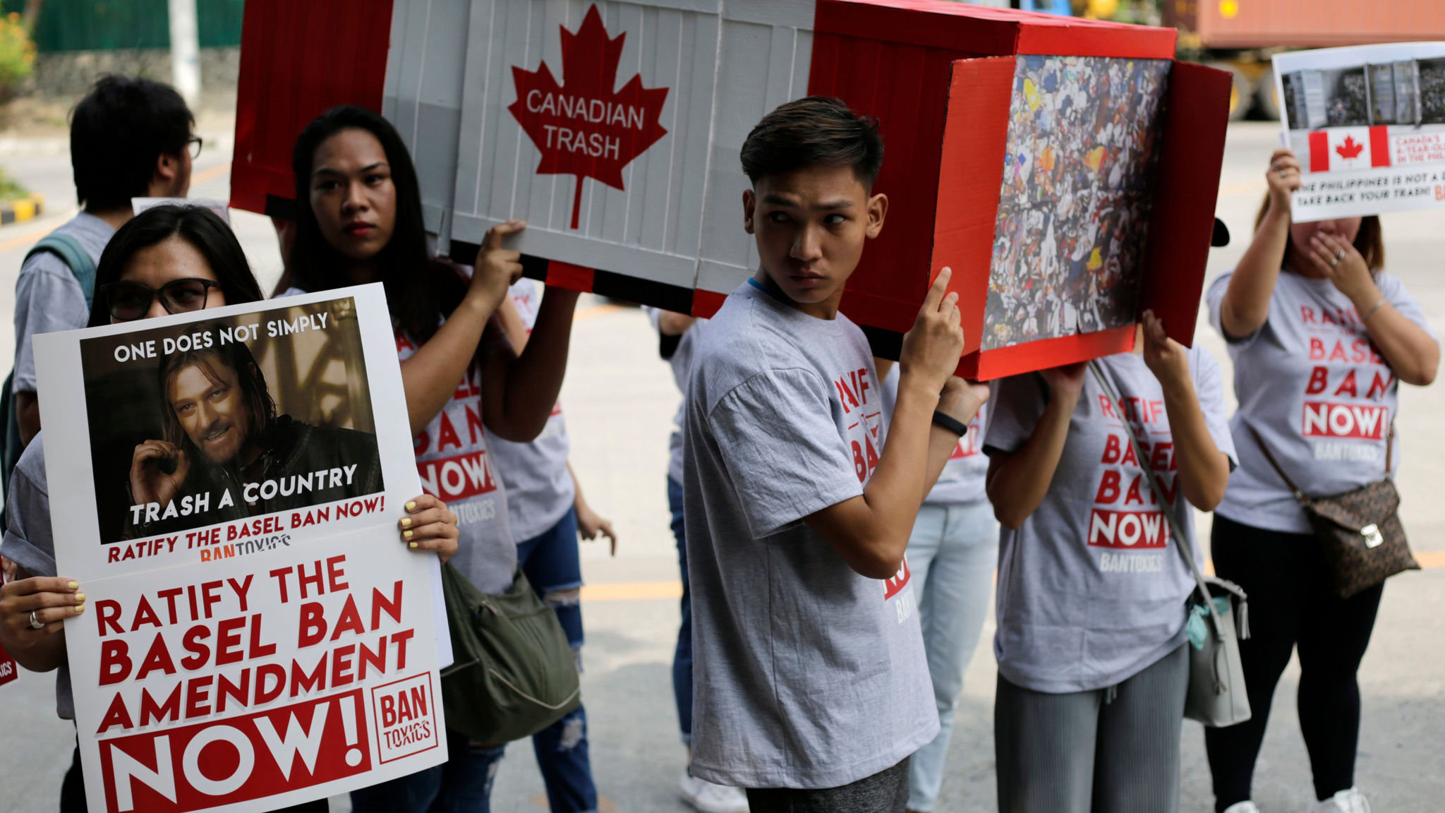 Philippines forces Canada to take back its rubbish