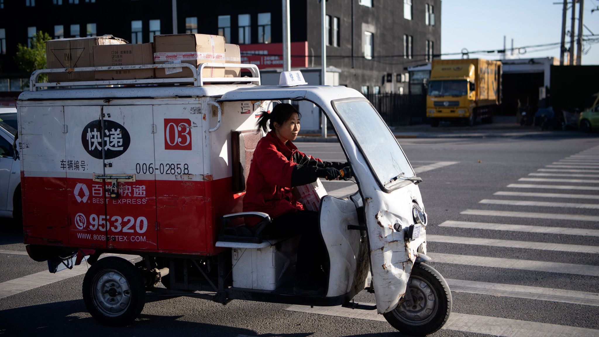 Alibaba aims to deliver with $16bn courier venture