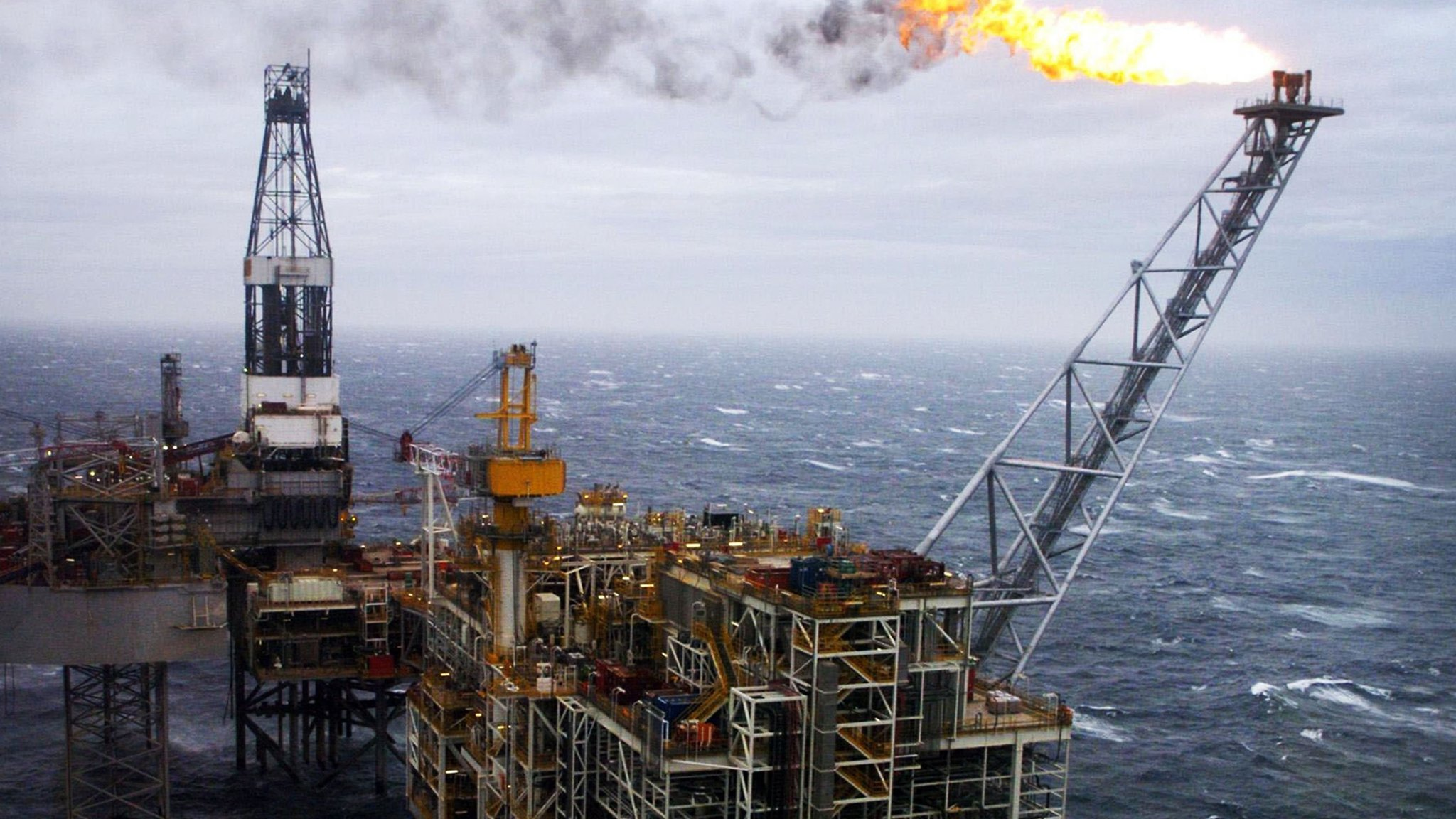North Sea oil workers strike over jobs and pay   Financial Times