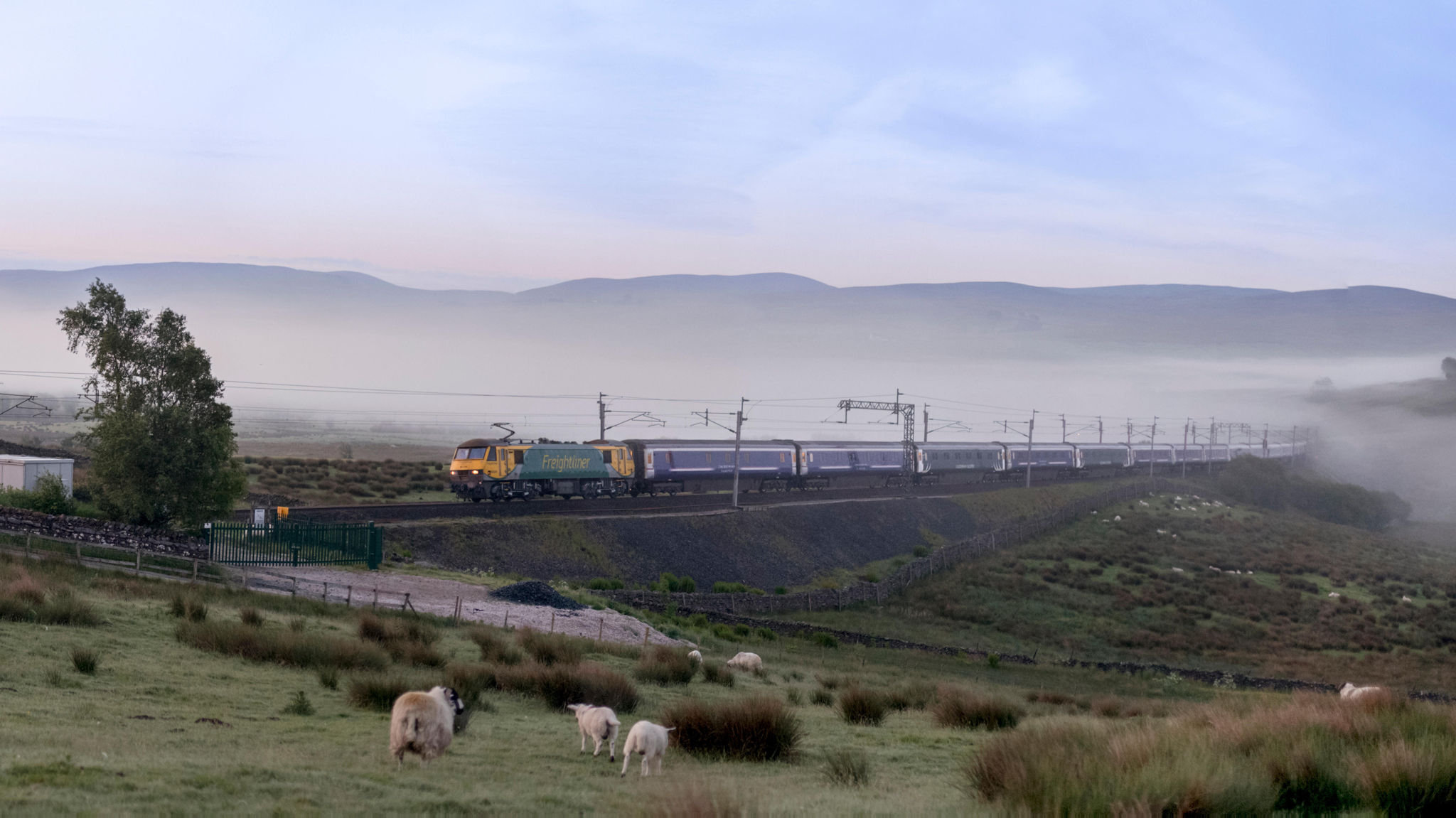 New Sleeper Train Service To Scotland Plagued By Problems