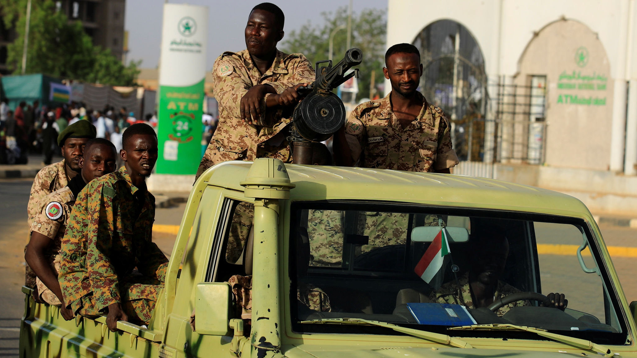Sudan's air force chief insists army prepared to hand over