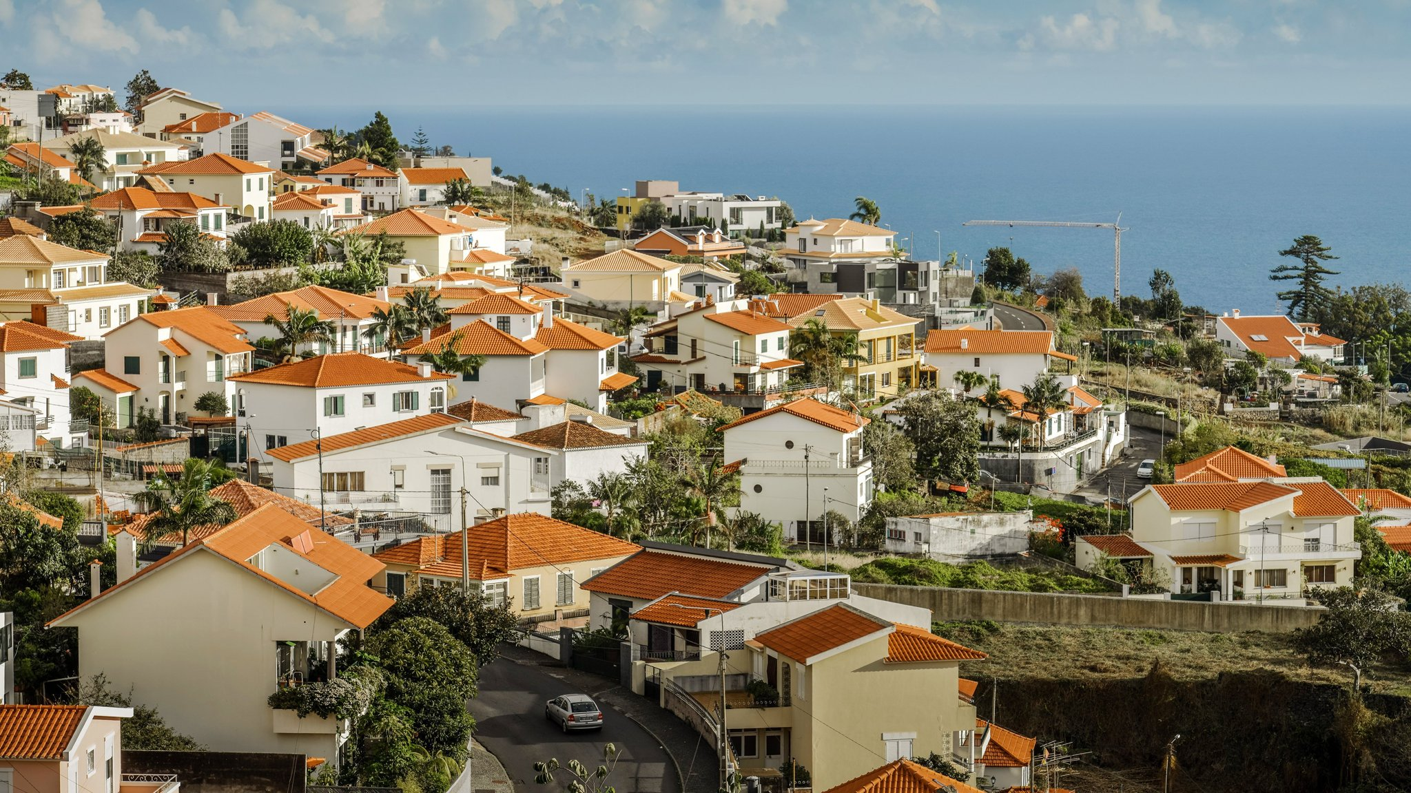 Portugal set to curb tax breaks for wealthy foreigners