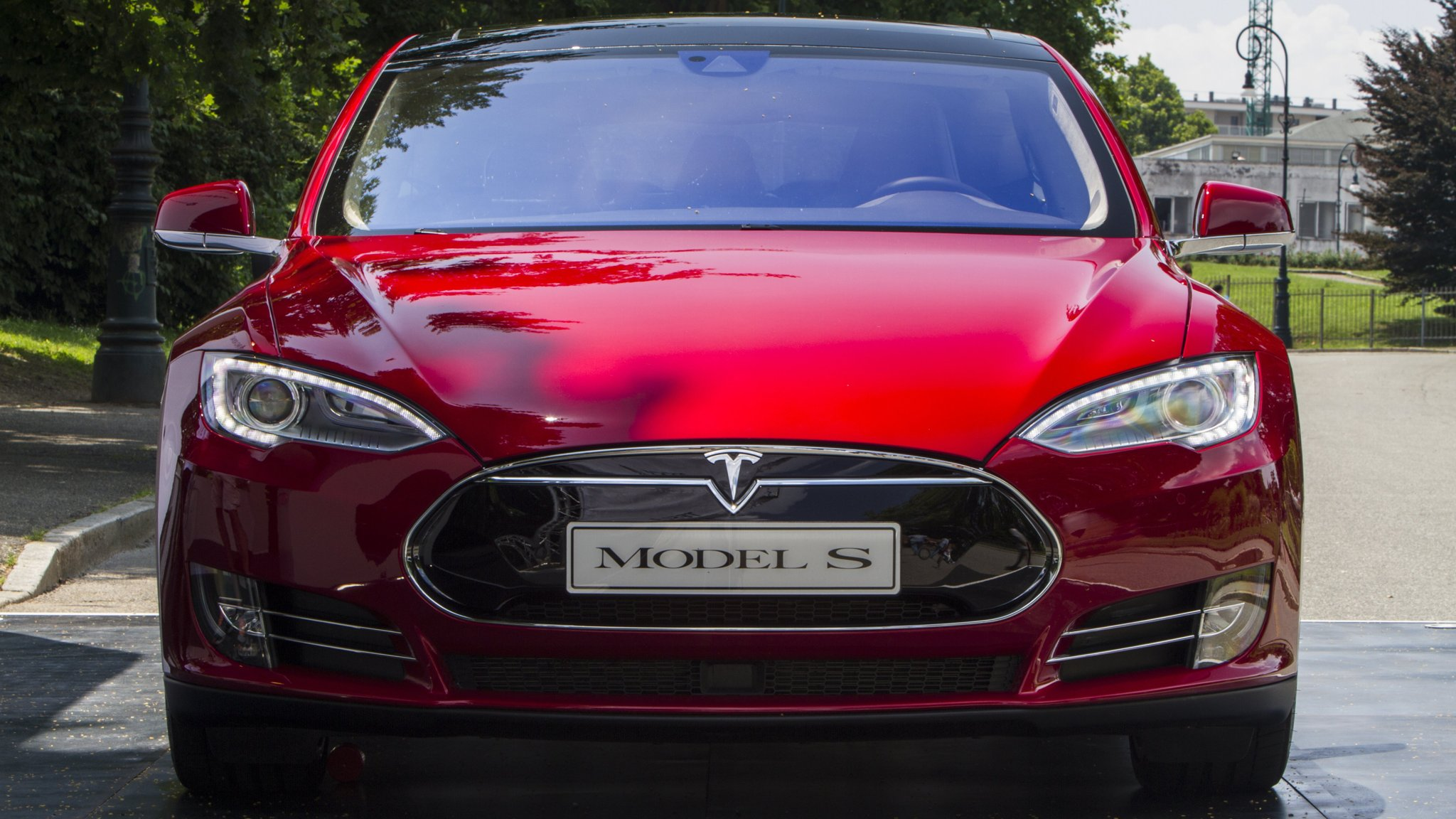 Oil groups \'threatened\' by electric cars | Financial Times