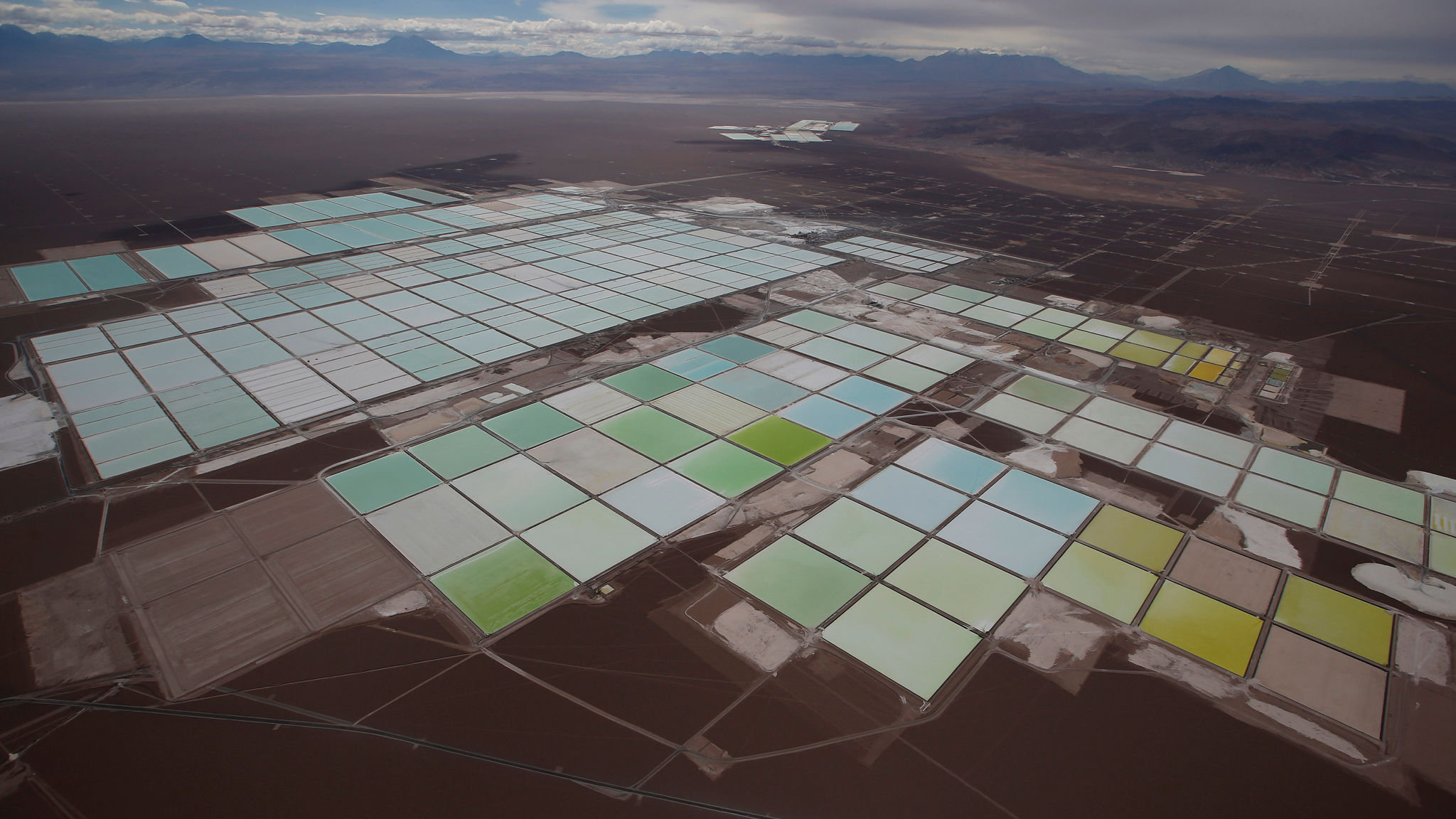 Lithium producer SQM earnings fall by 30% in the third quarter