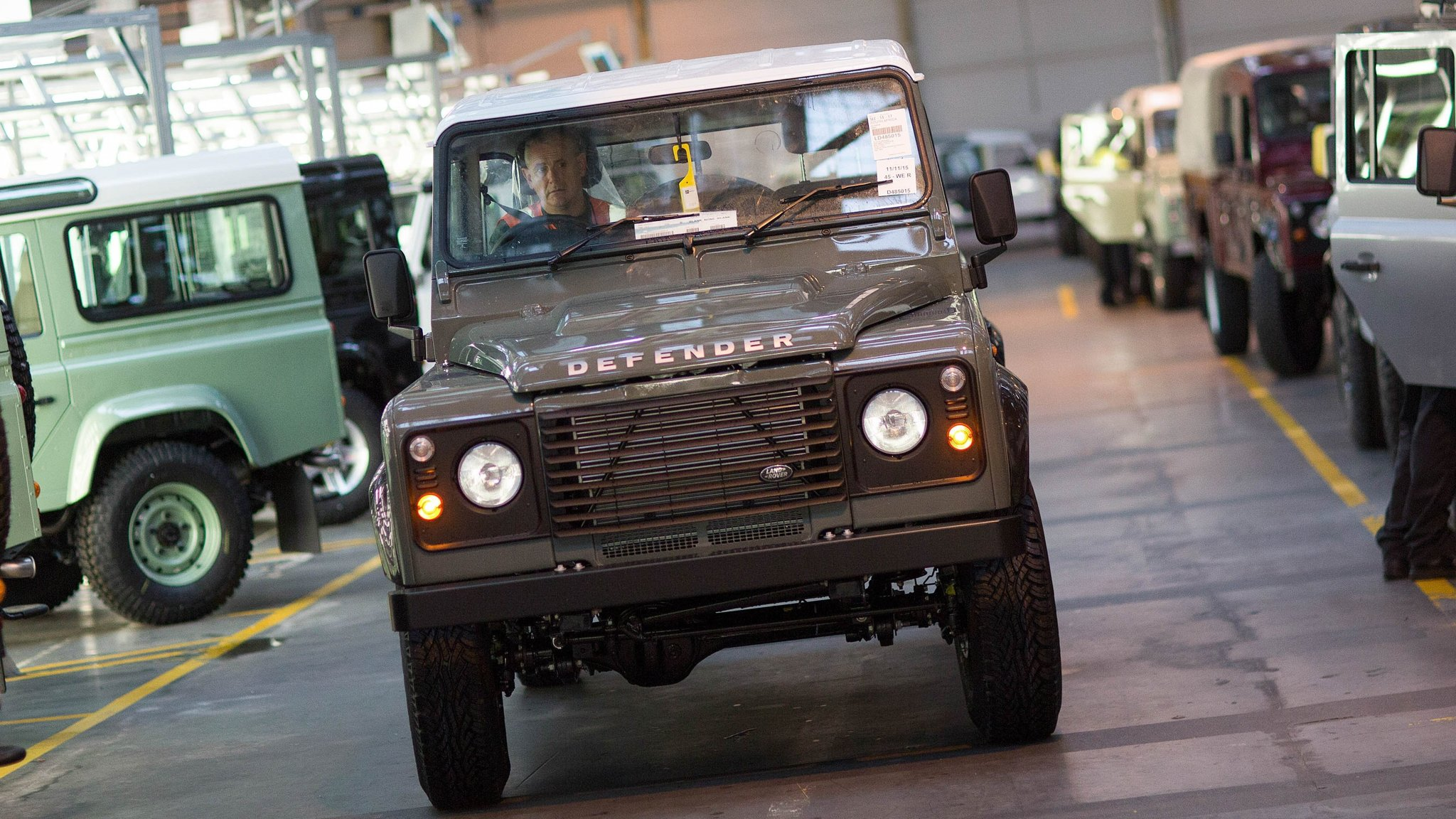 Return Of Jaguars Land Rover Defender Relished By Off Road Fans Financial Times
