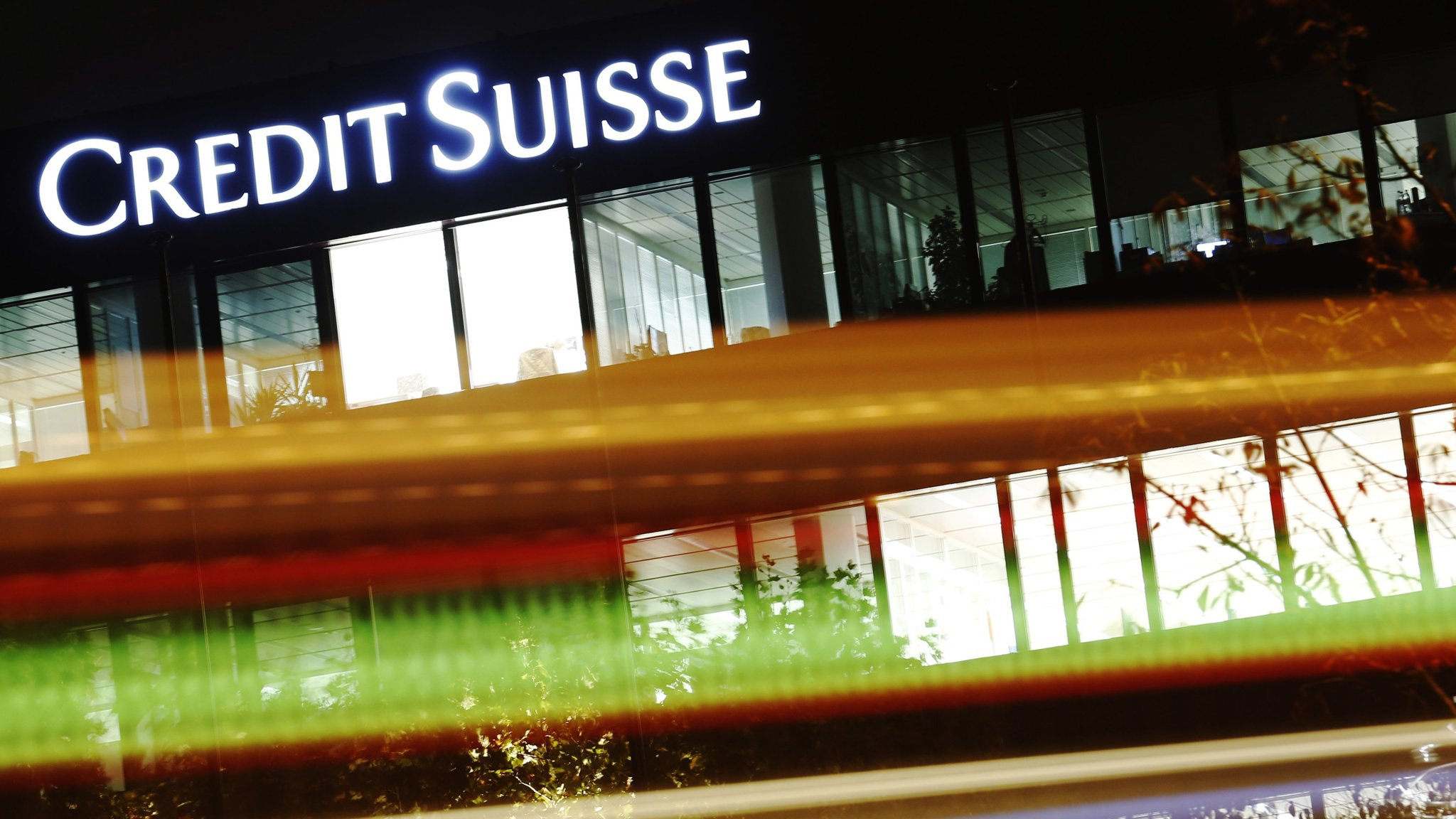 Tax On Bonus Uk >> Credit Suisse Sues Uk To Claw Back Banker Bonus Tax Payments
