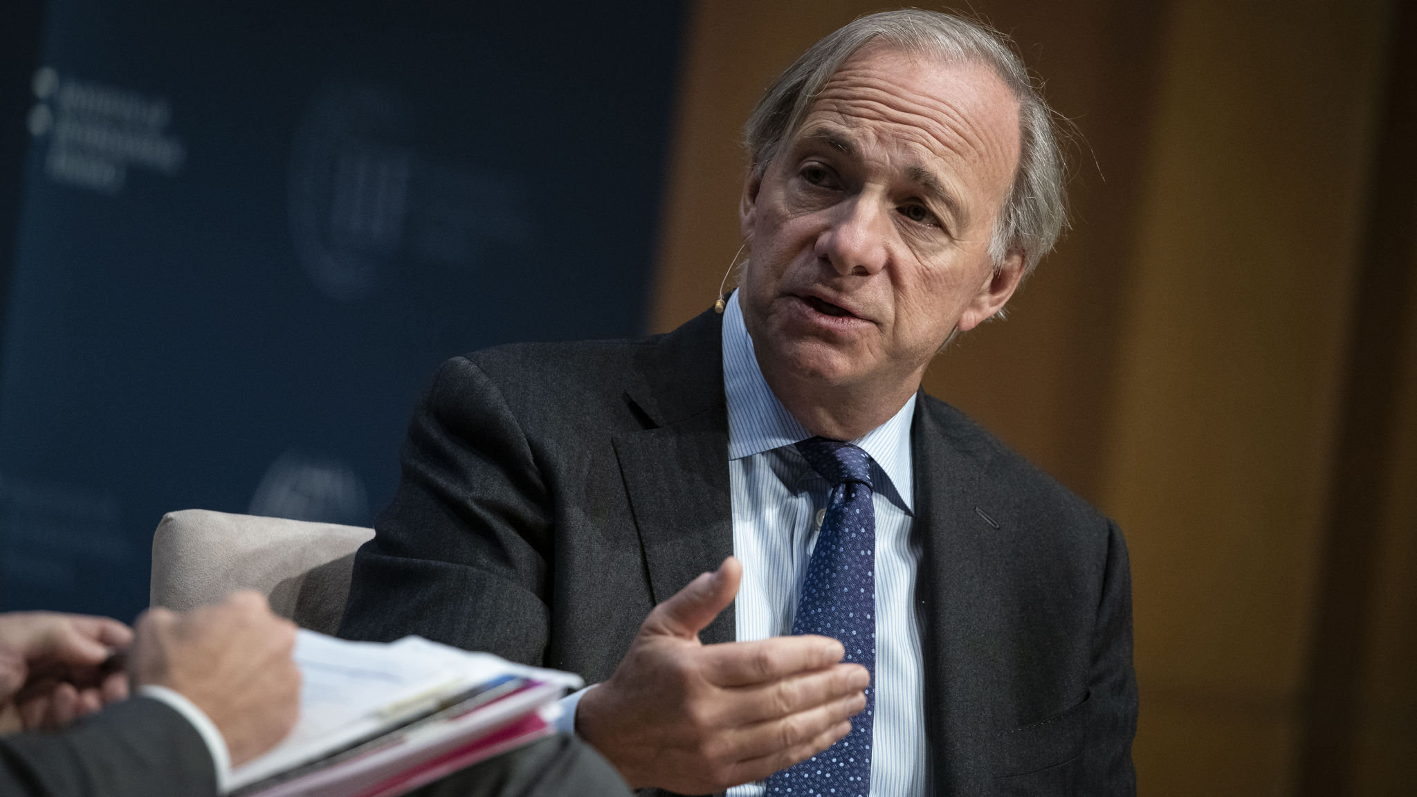 Bridgewater fails to recoup losses from low bond yields