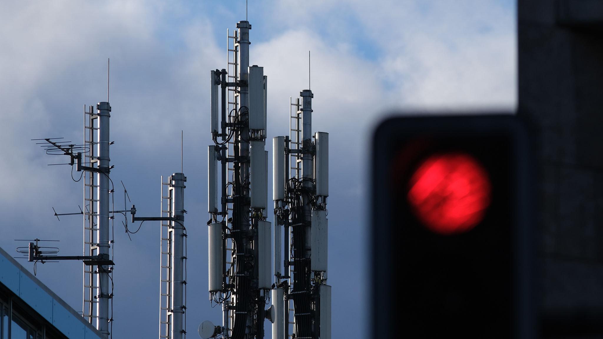 Telefónica to unwind sprawling telecoms empire