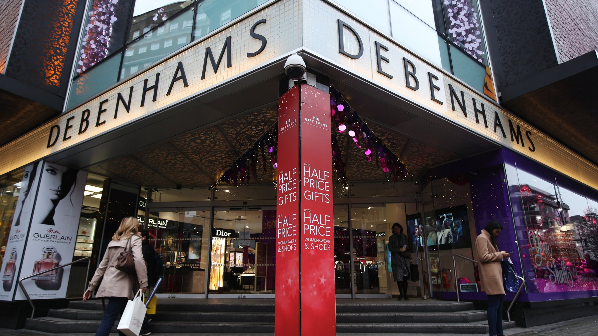 Debenhams denies reports hinting at cash crunch over supplier insurance recommend to wear in summer in 2019