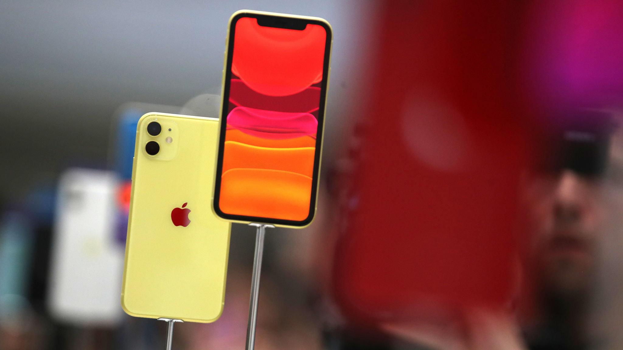 Red italian Job iphone 11 case