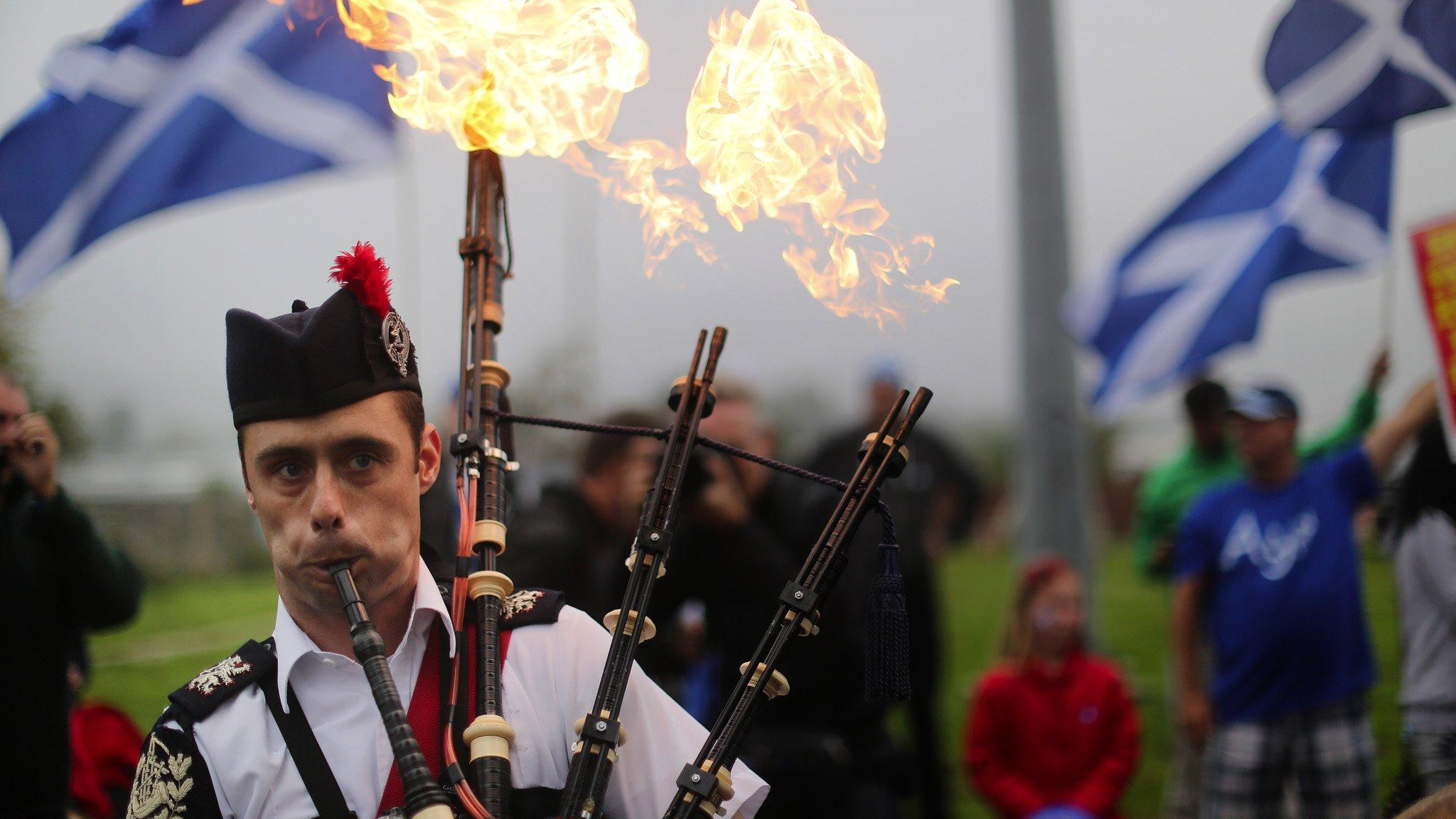 Scotland's referendum fight turns to peaceful celebrations