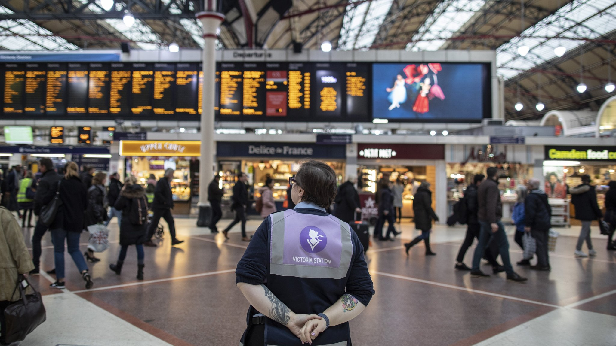 Victoria station partnership offers template for UK rail