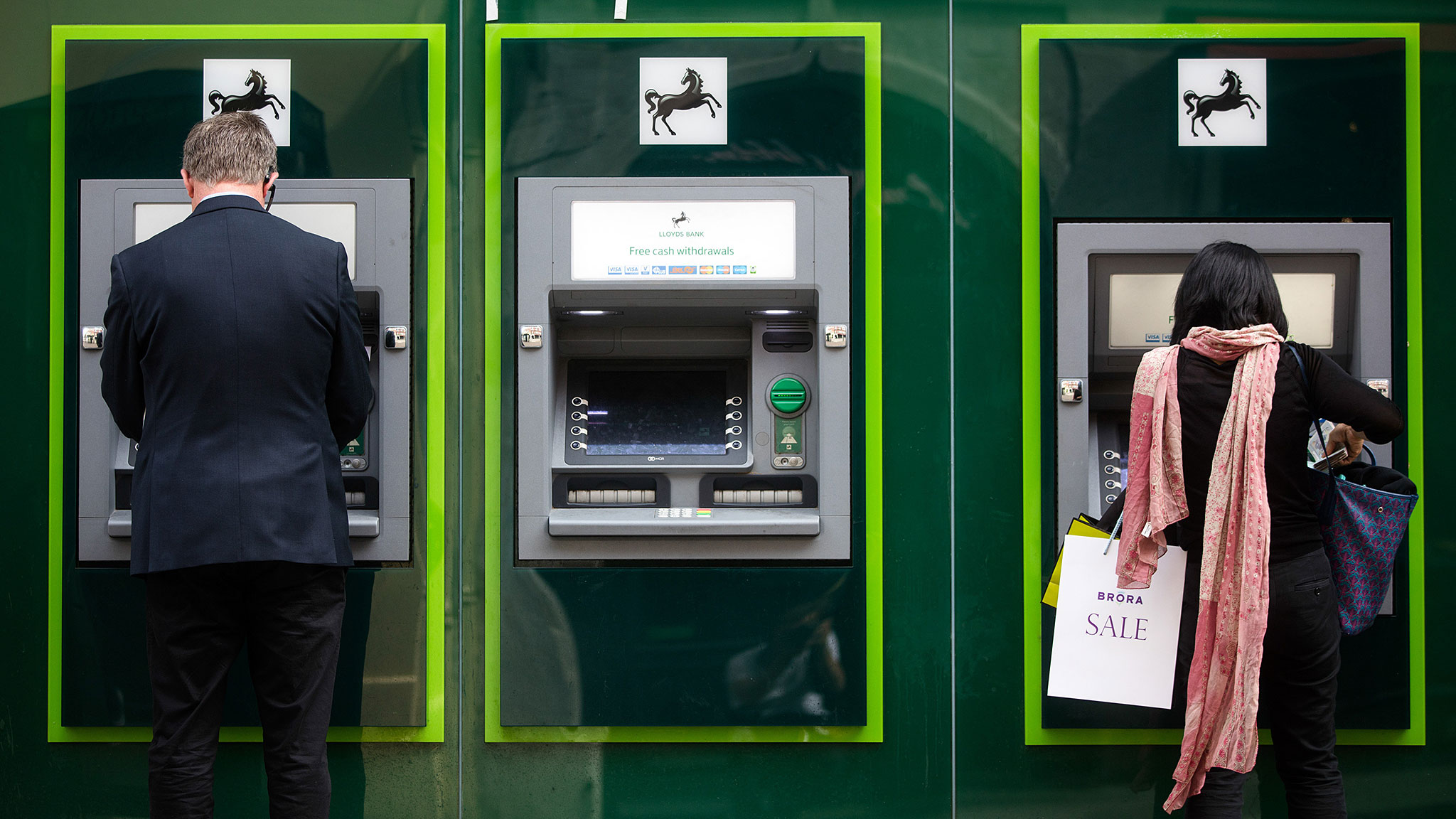 A tale of two cyber bank heists that reveals their vulnerability ...